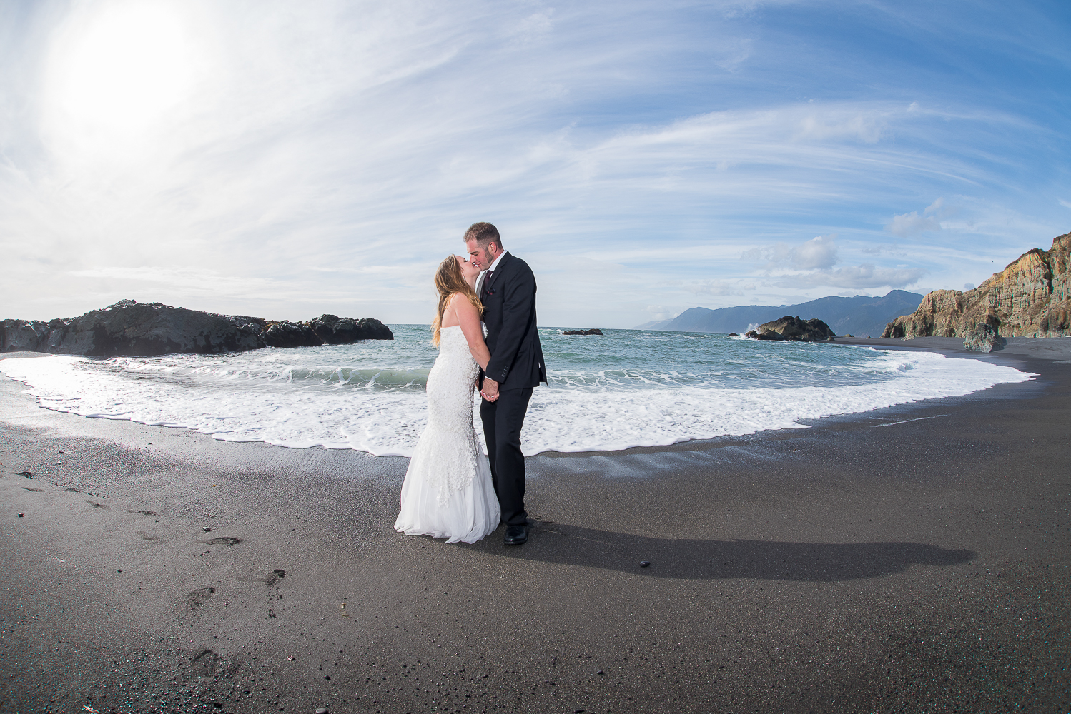 Shelter Cove-Intimate Destination beach Wedding-Parky's Pics Photography-Humboldt County_-32.jpg