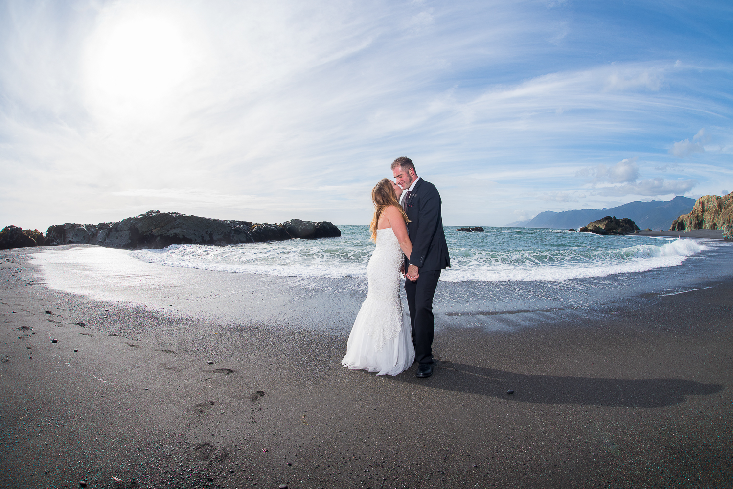 Shelter Cove-Intimate Destination beach Wedding-Parky's Pics Photography-Humboldt County_-31.jpg