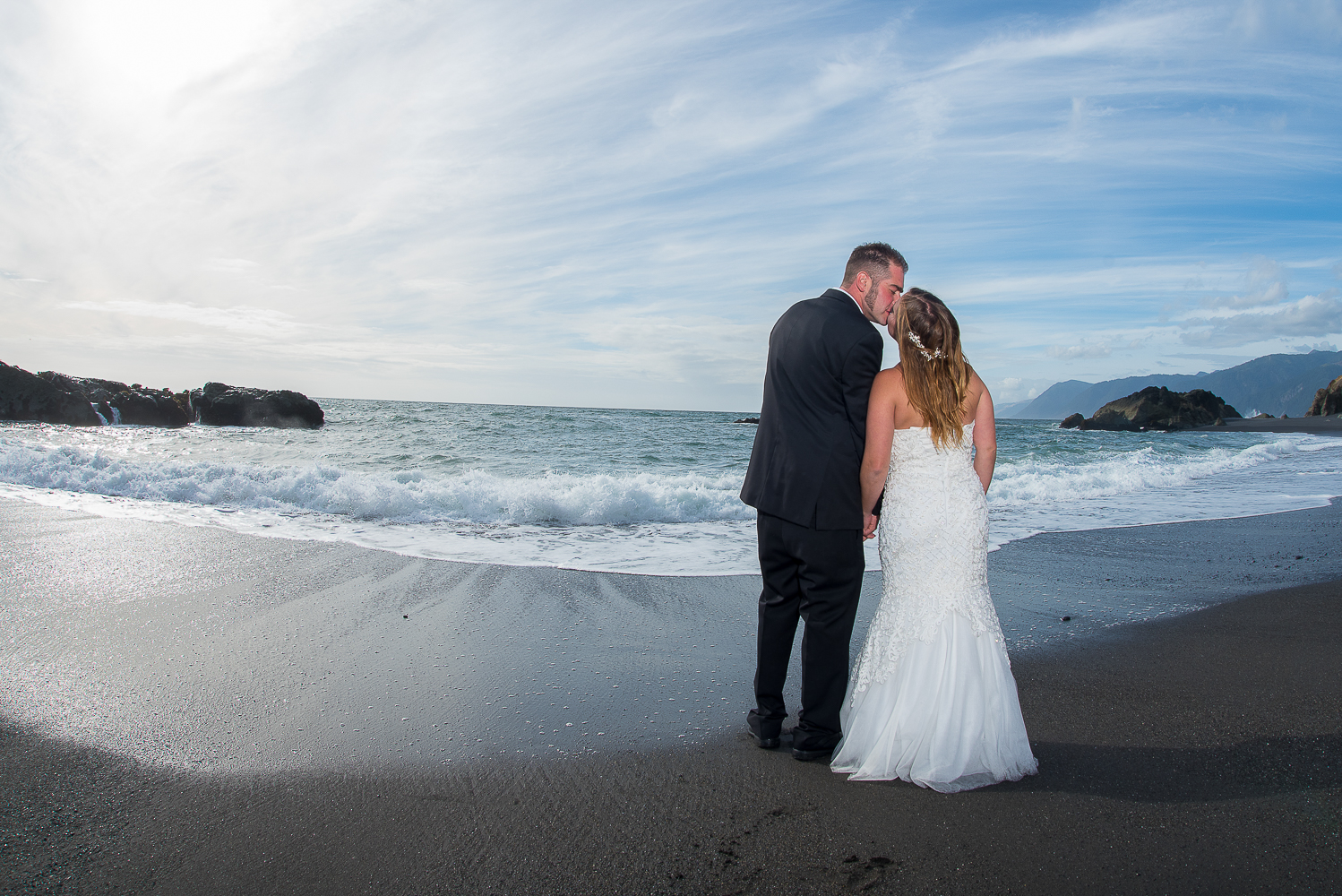 Shelter Cove-Intimate Destination beach Wedding-Parky's Pics Photography-Humboldt County_-37.jpg