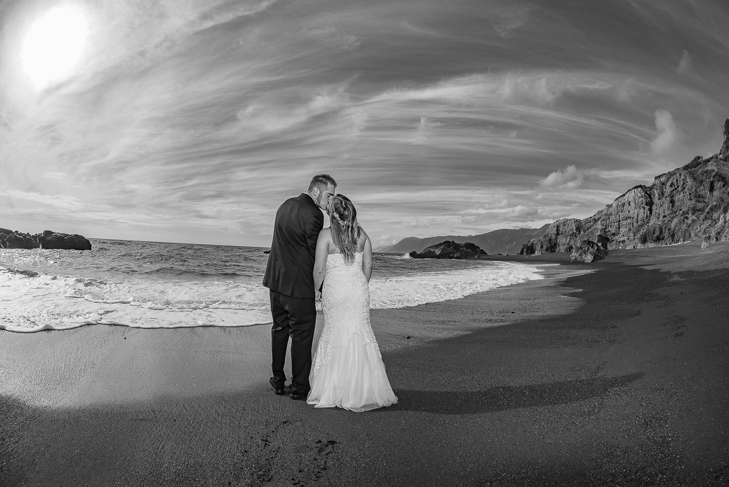 Shelter Cove-Intimate Destination beach Wedding-Parky's Pics Photography-Humboldt County_-38.jpg