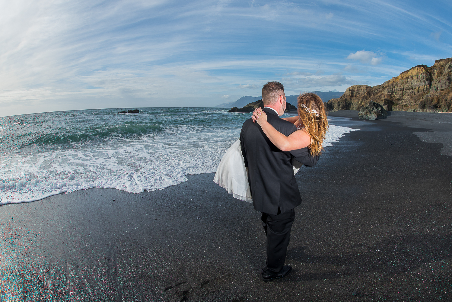 Shelter Cove-Intimate Destination beach Wedding-Parky's Pics Photography-Humboldt County_-39.jpg