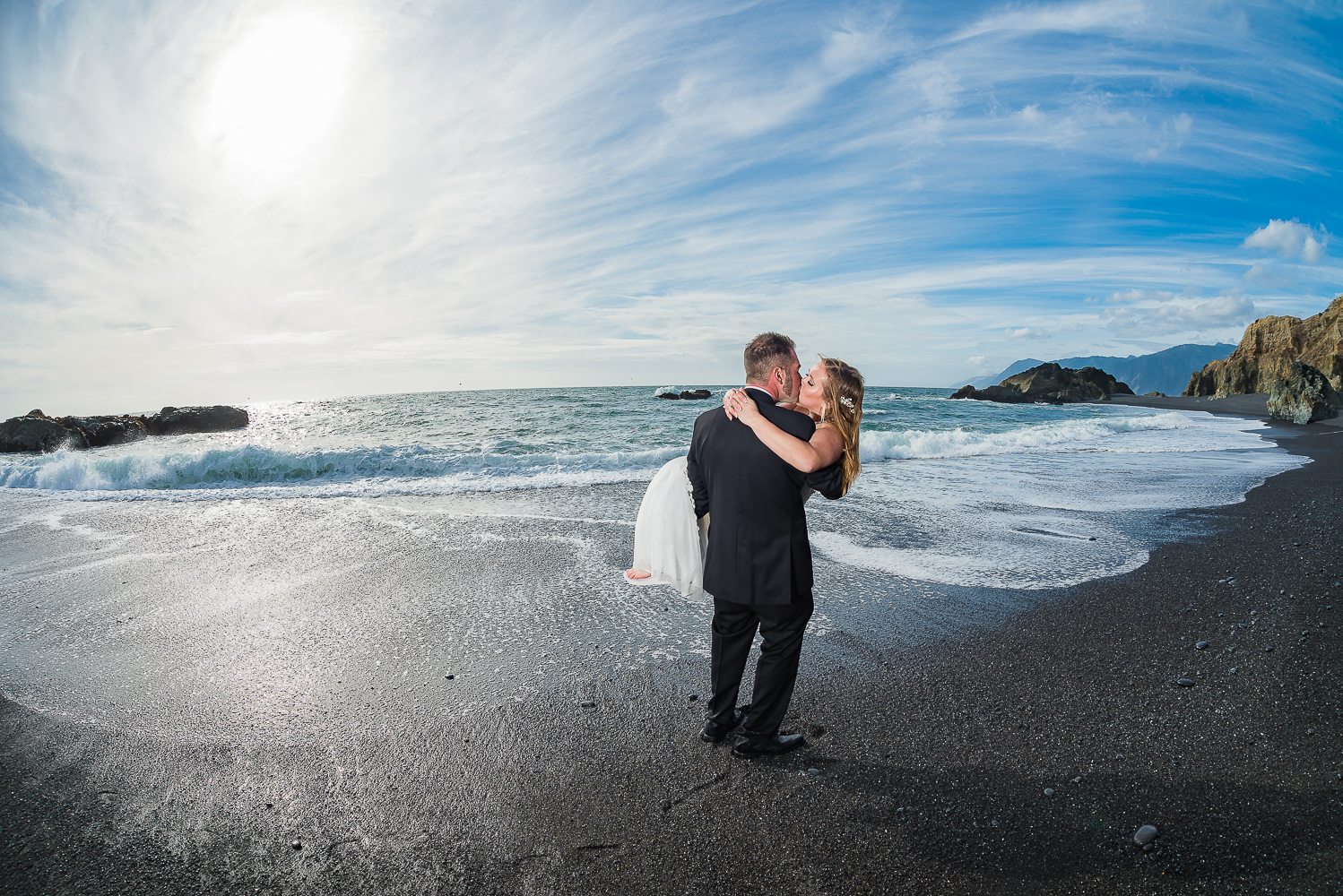 Shelter Cove-Intimate Destination beach Wedding-Parky's Pics Photography-Humboldt County_-40.jpg