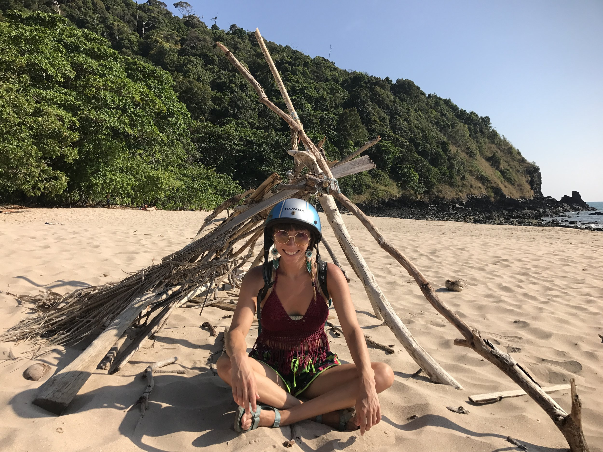Discovering Hidden Beaches Ko Lanta.JPG