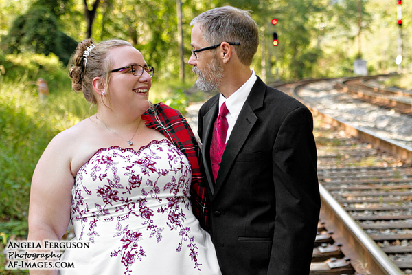 Railroad tracks wedding photo (Patapsco Valley State Park, MD)