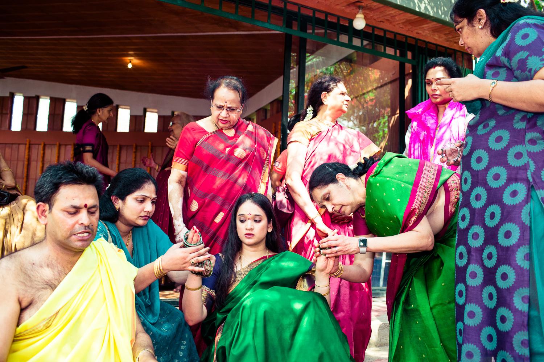 tamil-telugu-candid-wedding-bangalore-0013.jpg