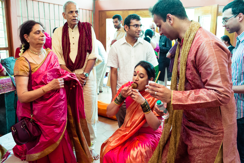 tamil-telugu-candid-wedding-bangalore-0037.jpg