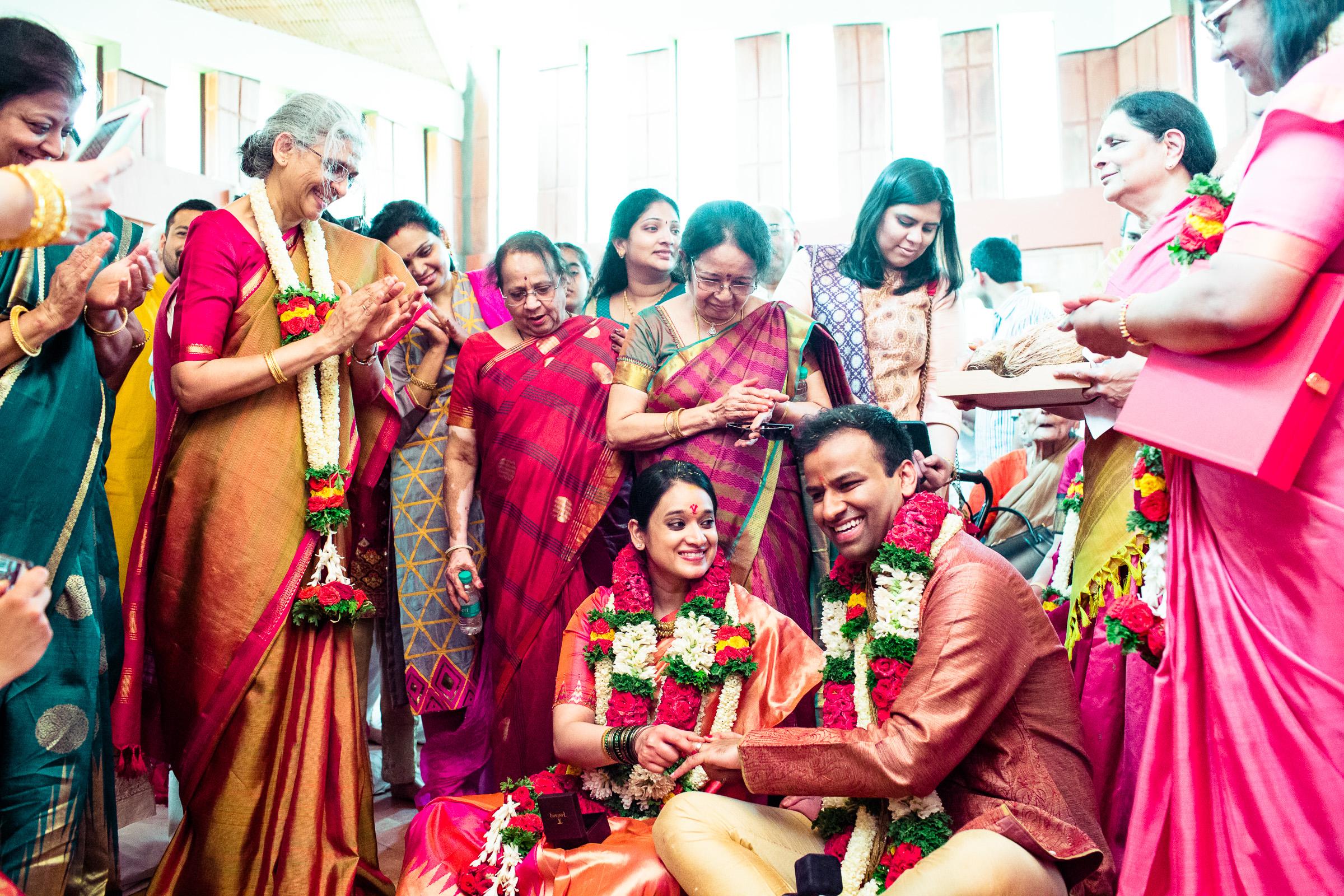 tamil-telugu-candid-wedding-bangalore-0031.jpg