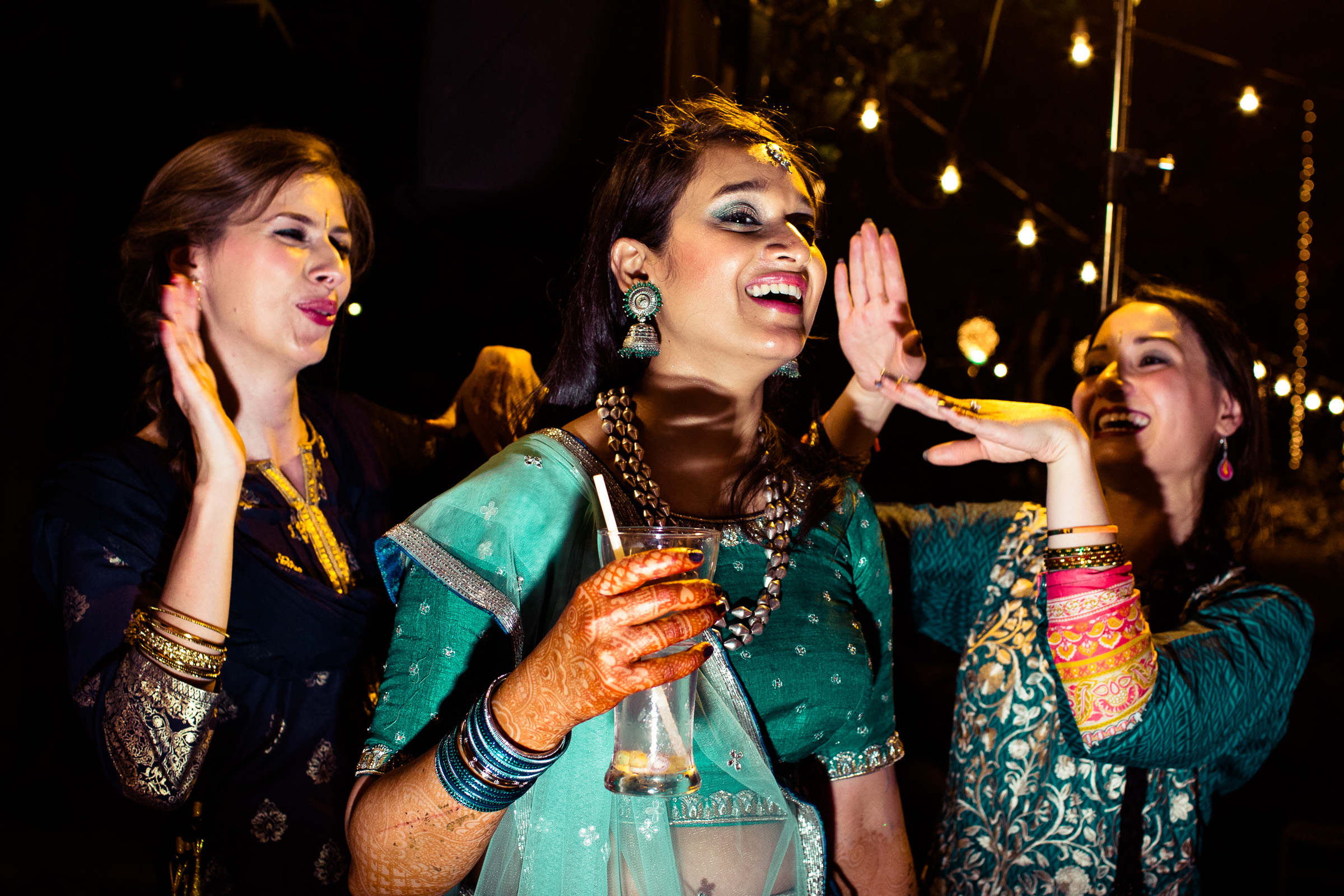 tamil-telugu-candid-wedding-bangalore-0067.jpg