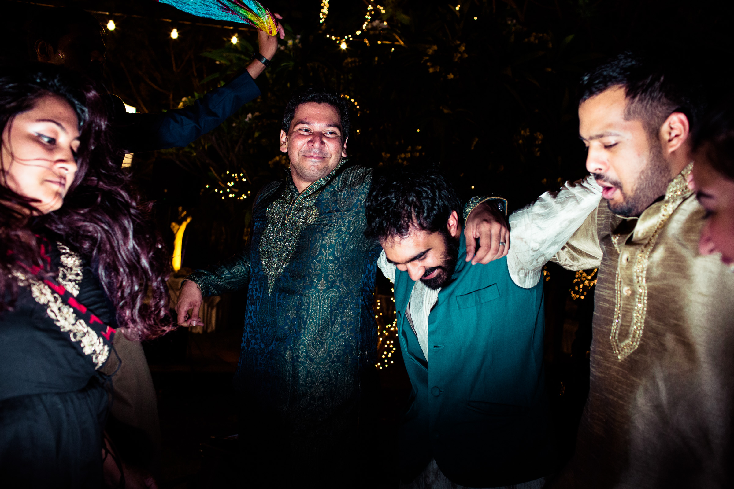 tamil-telugu-candid-wedding-bangalore-0093.jpg