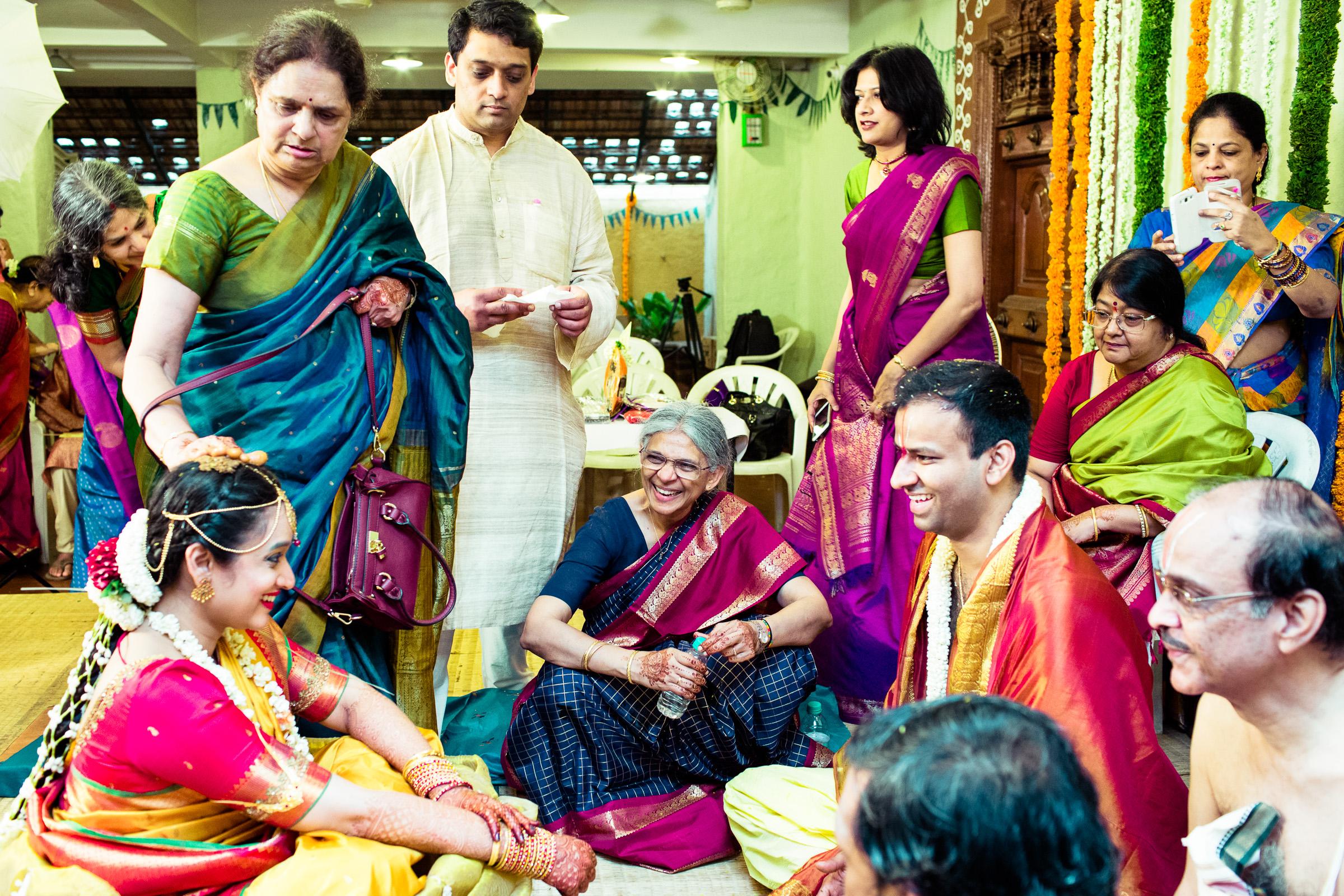 tamil-telugu-candid-wedding-bangalore-0115.jpg
