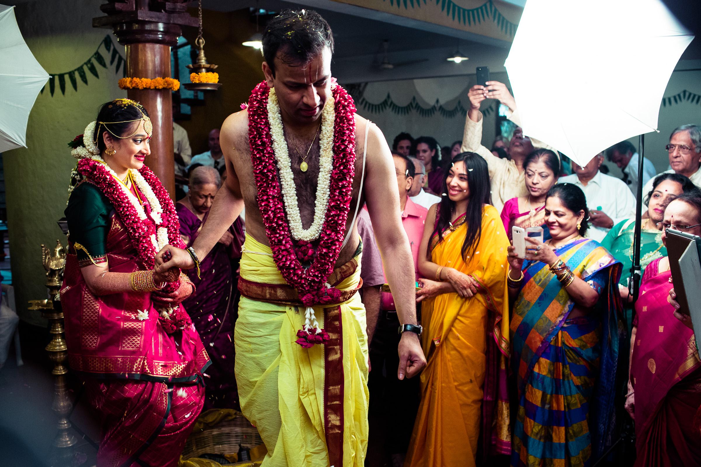 tamil-telugu-candid-wedding-bangalore-0127.jpg