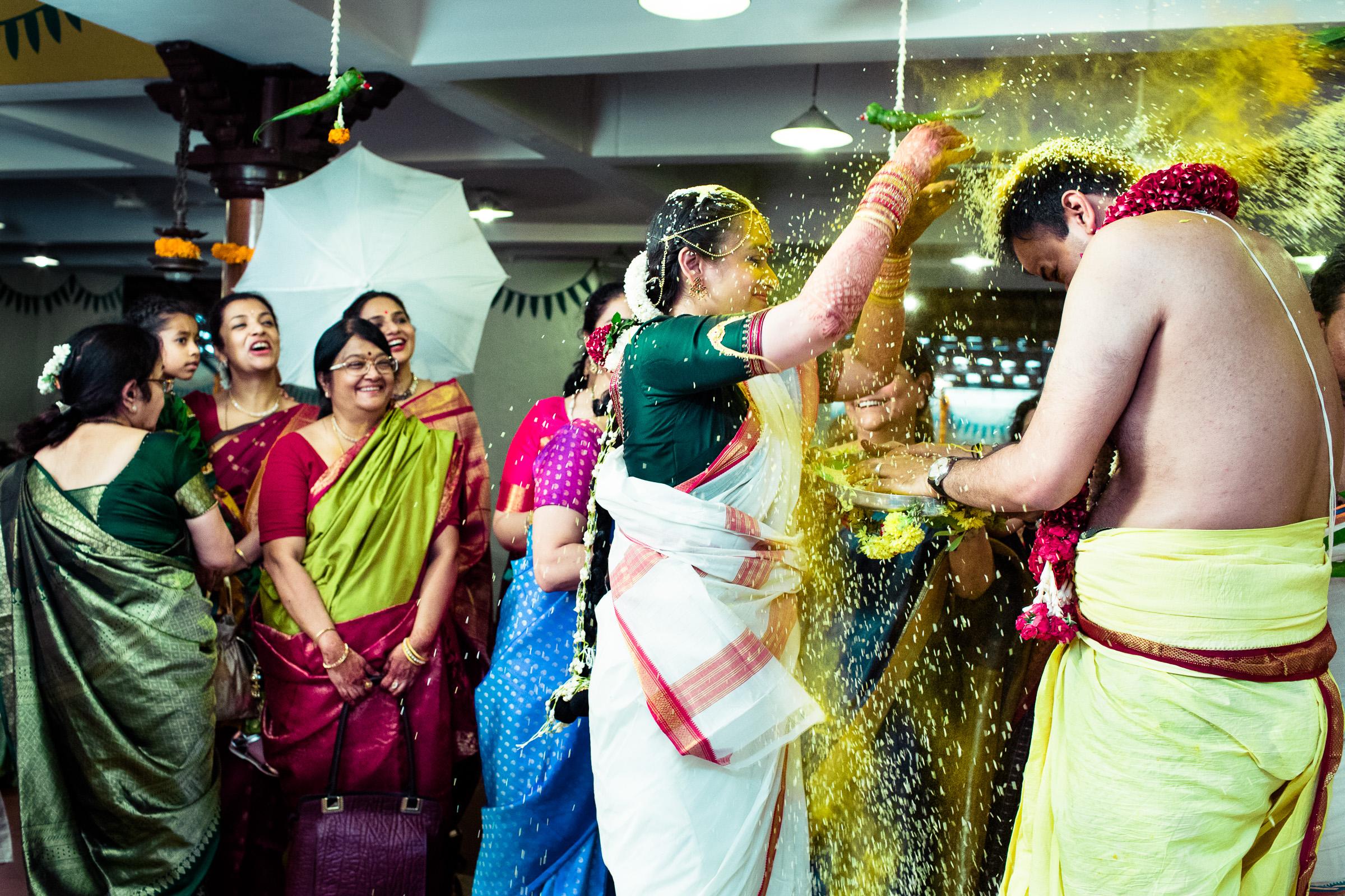 tamil-telugu-candid-wedding-bangalore-0138.jpg