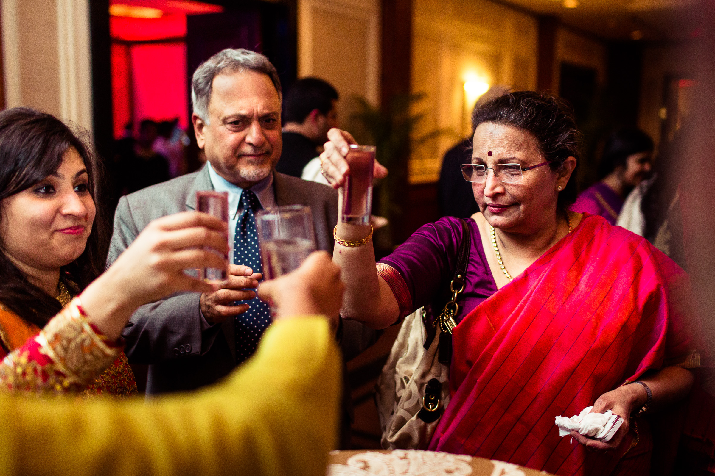 best-candid-wedding-photographer-delhi-0019.jpg