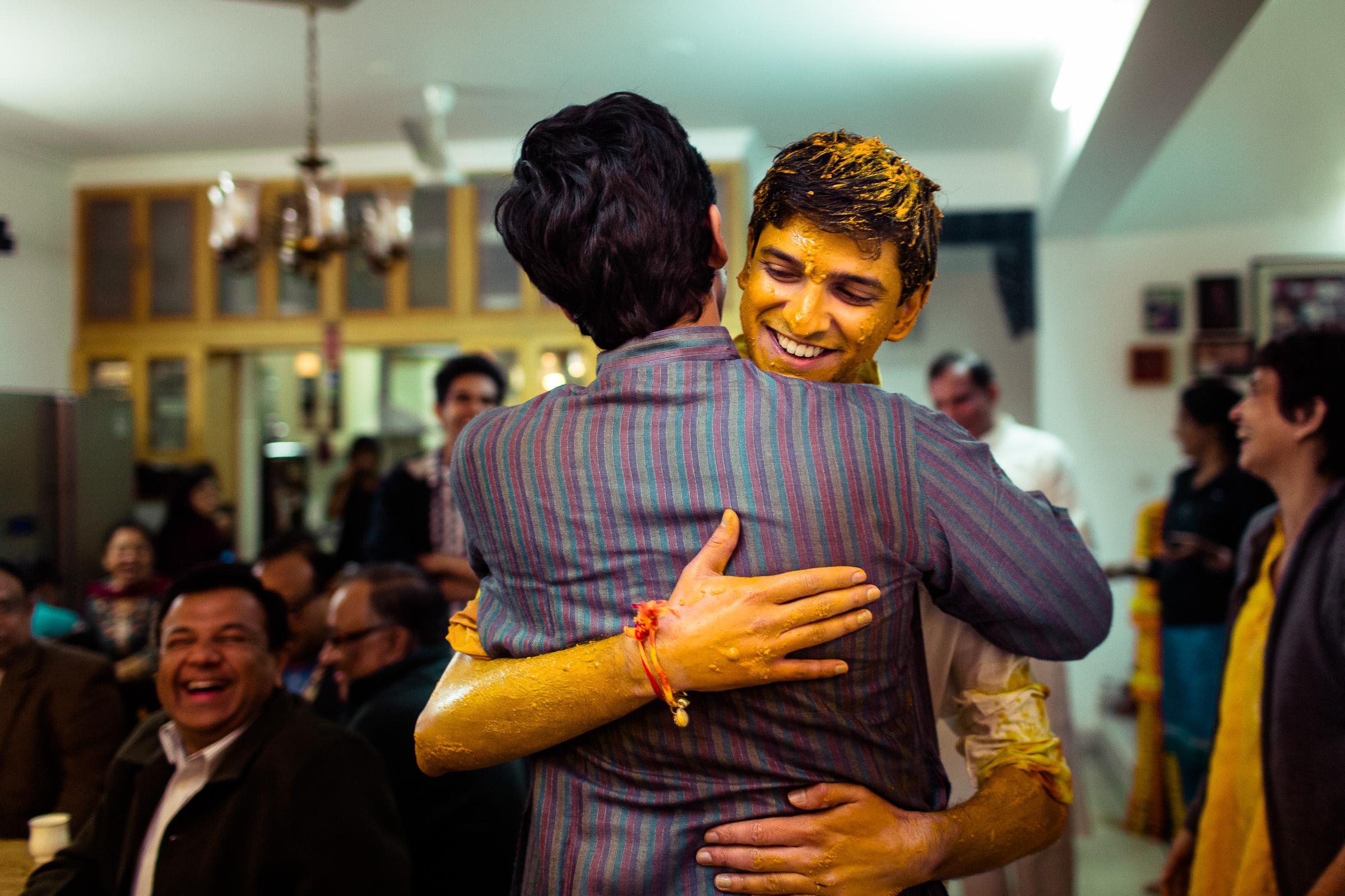 best-candid-wedding-photographer-delhi-0026.jpg