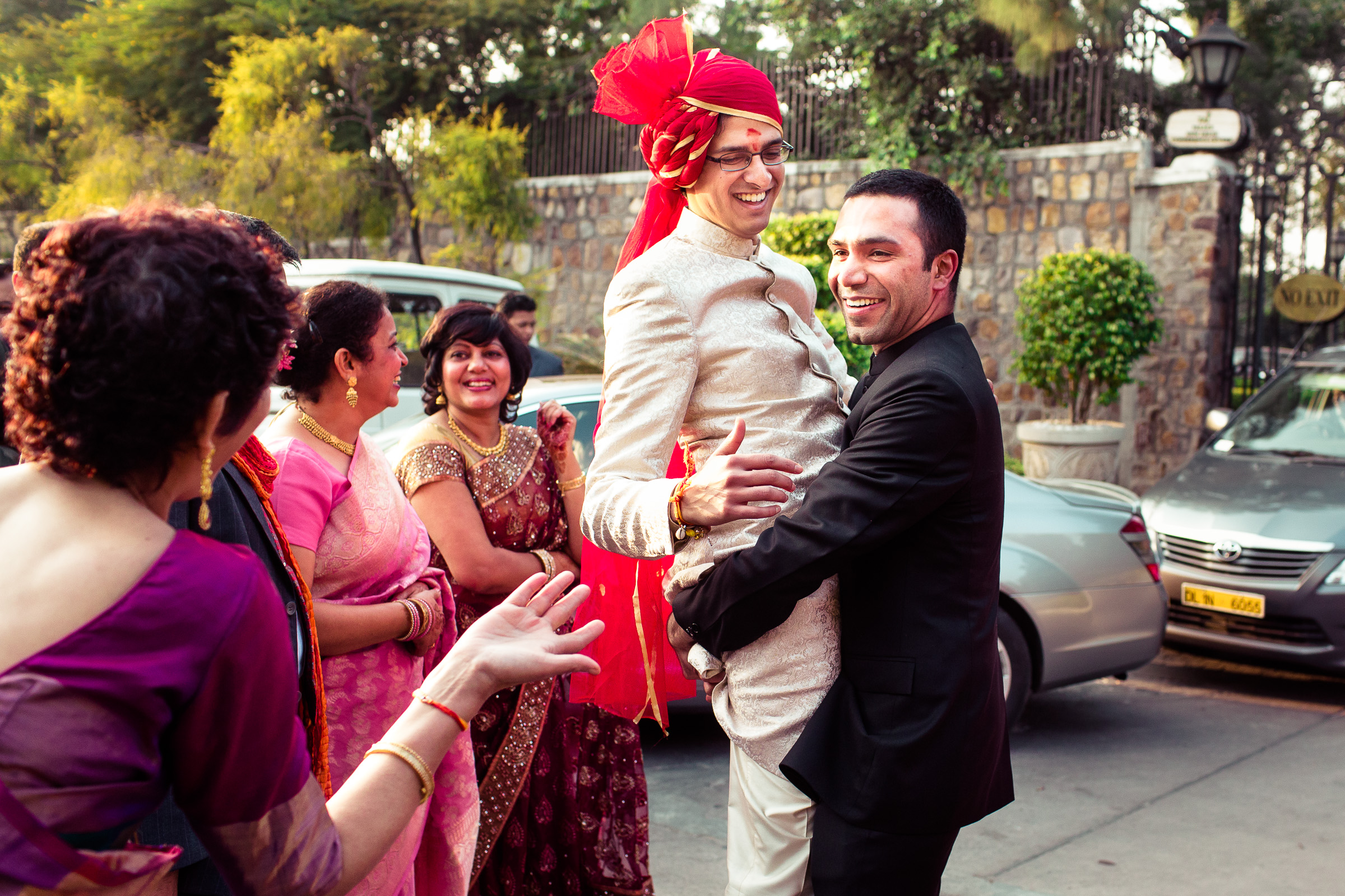 best-candid-wedding-photographer-delhi-0037.jpg