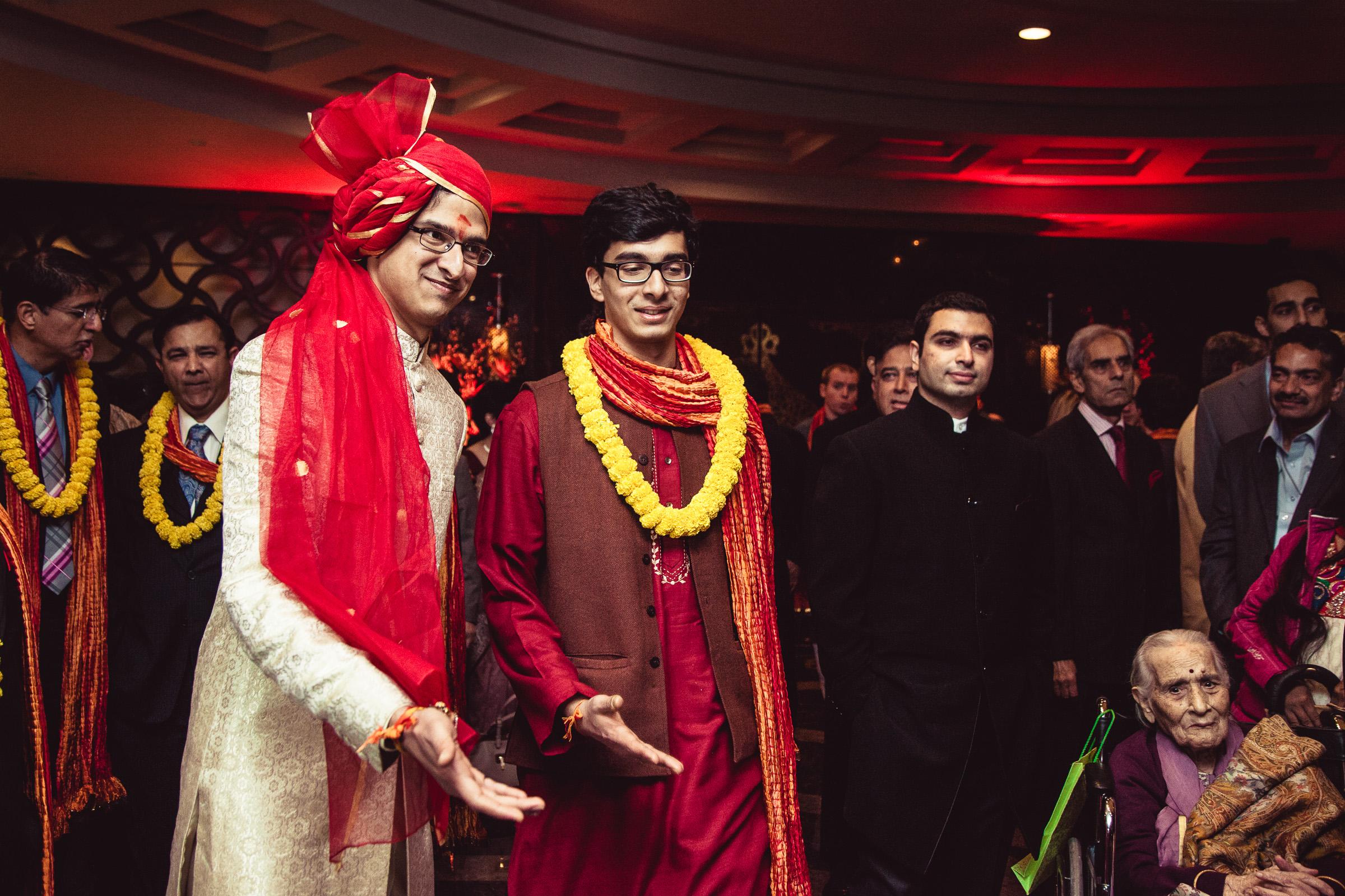 best-candid-wedding-photographer-delhi-0044.jpg