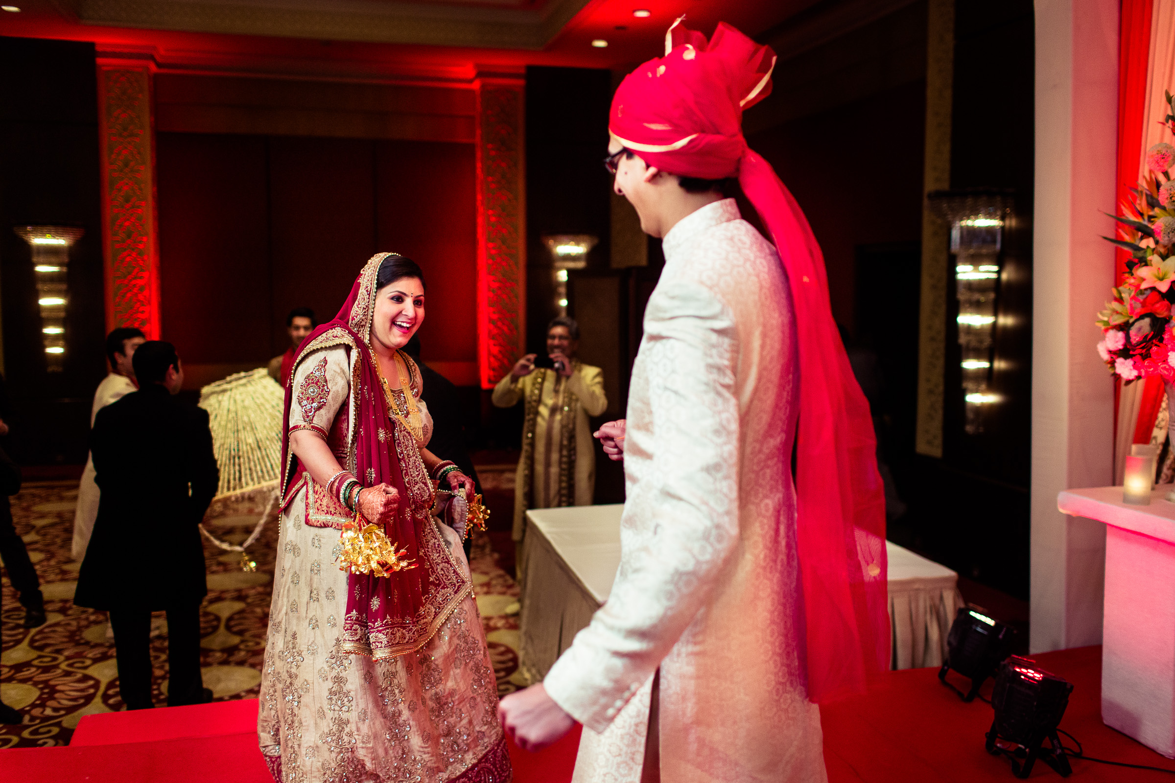 best-candid-wedding-photographer-delhi-0050.jpg