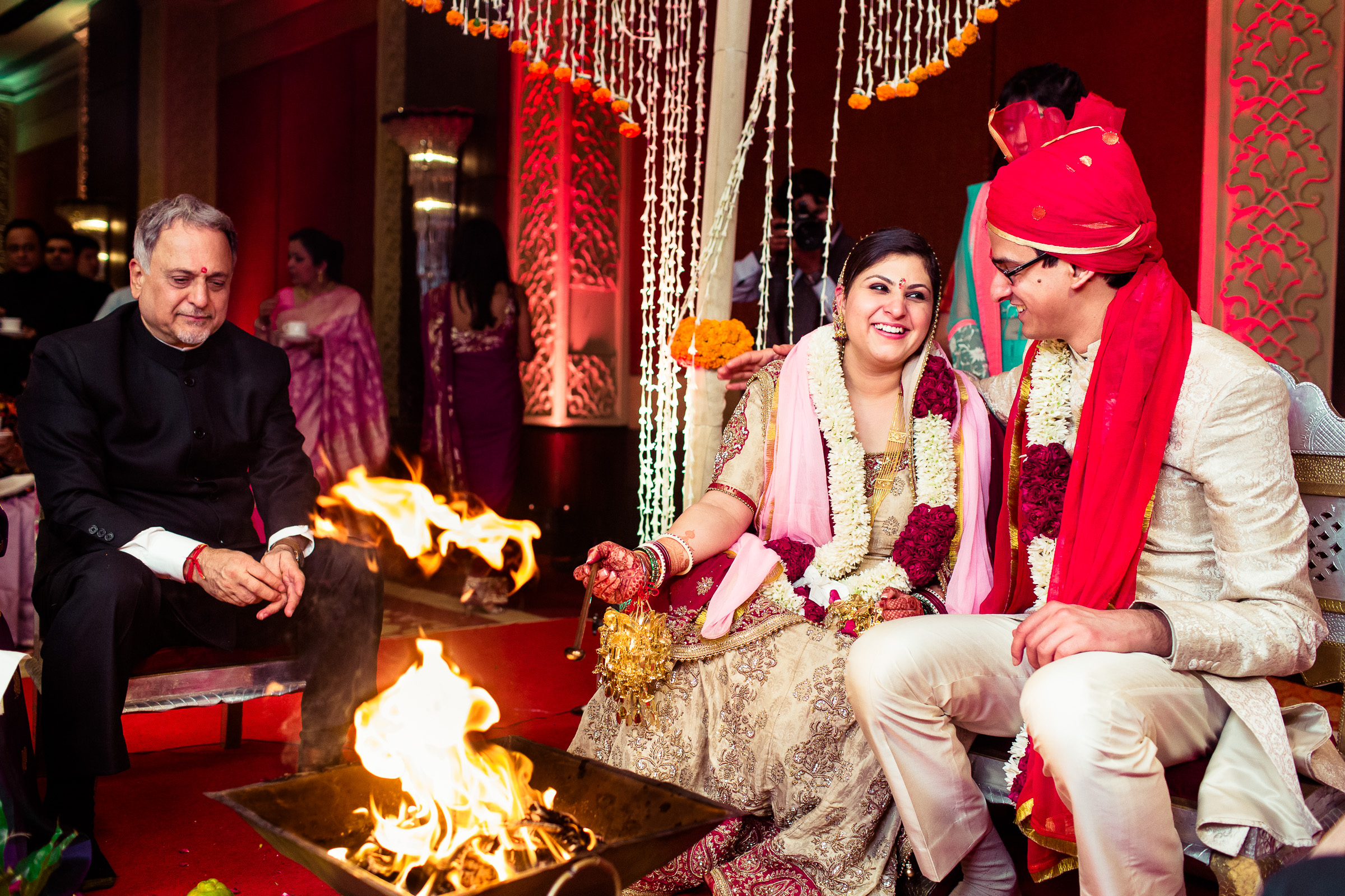 best-candid-wedding-photographer-delhi-0064.jpg