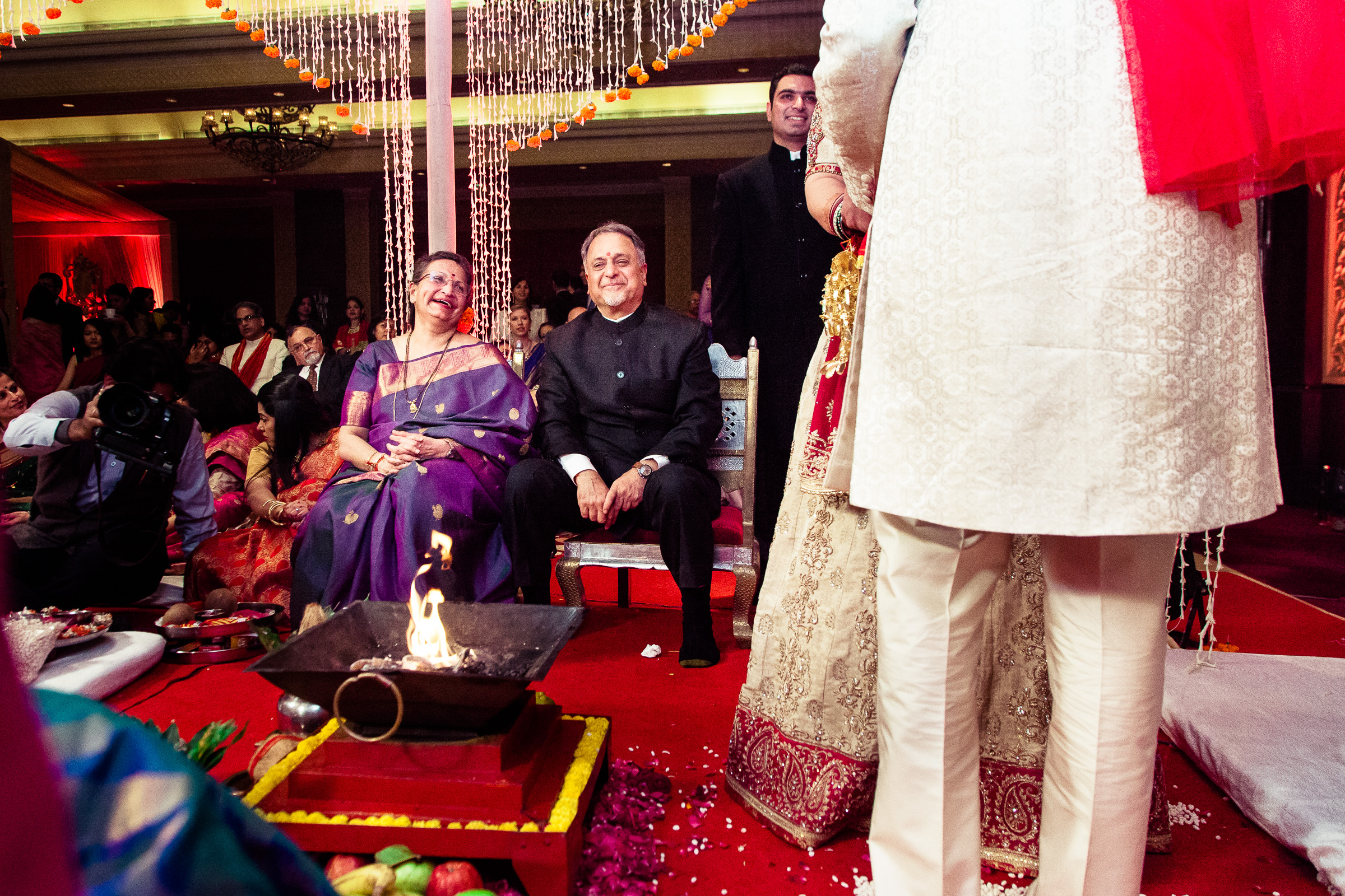 best-candid-wedding-photographer-delhi-0066.jpg