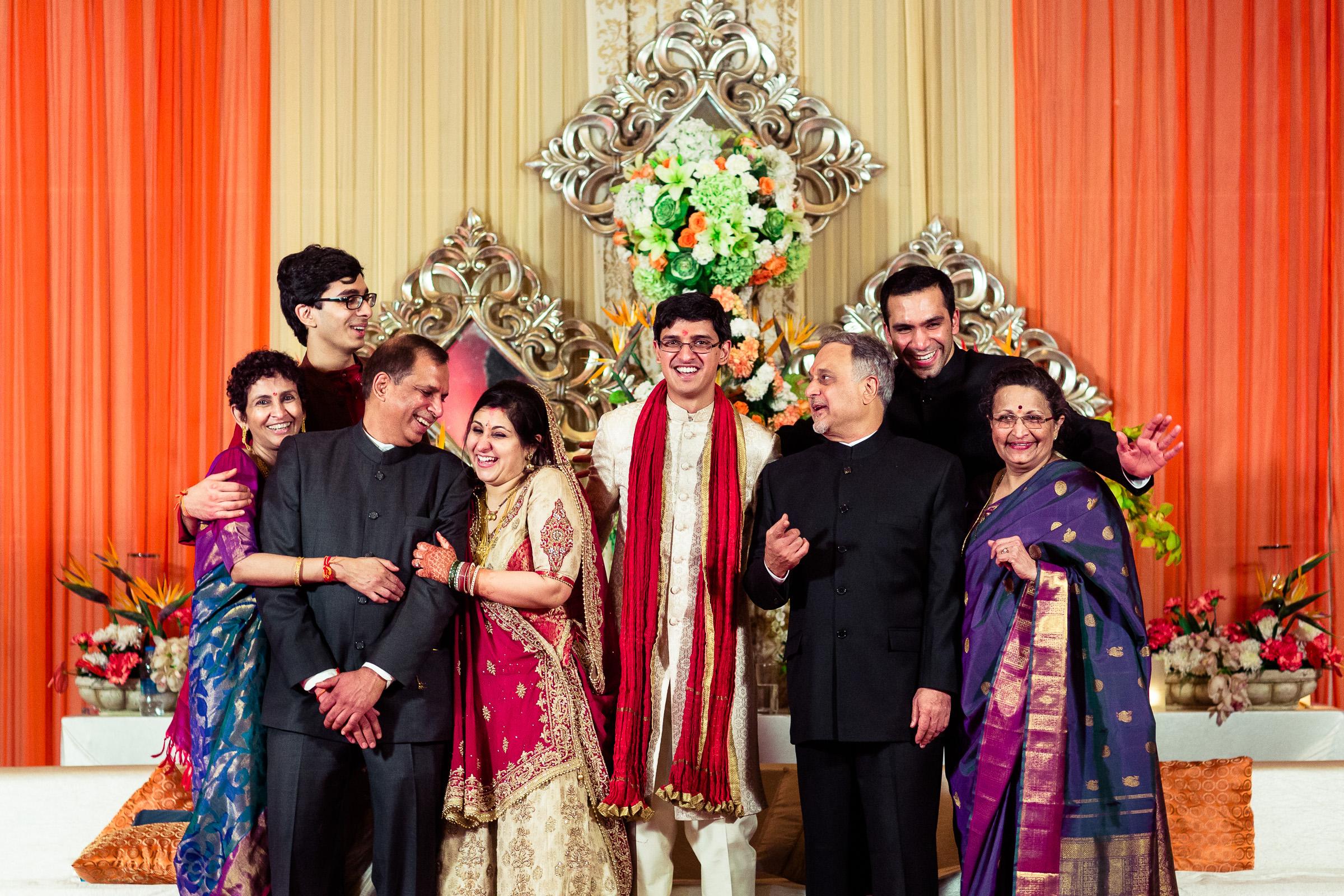 best-candid-wedding-photographer-delhi-0073.jpg