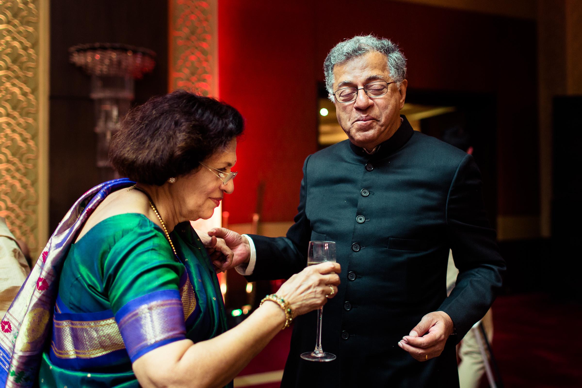 best-candid-wedding-photographer-delhi-0078.jpg