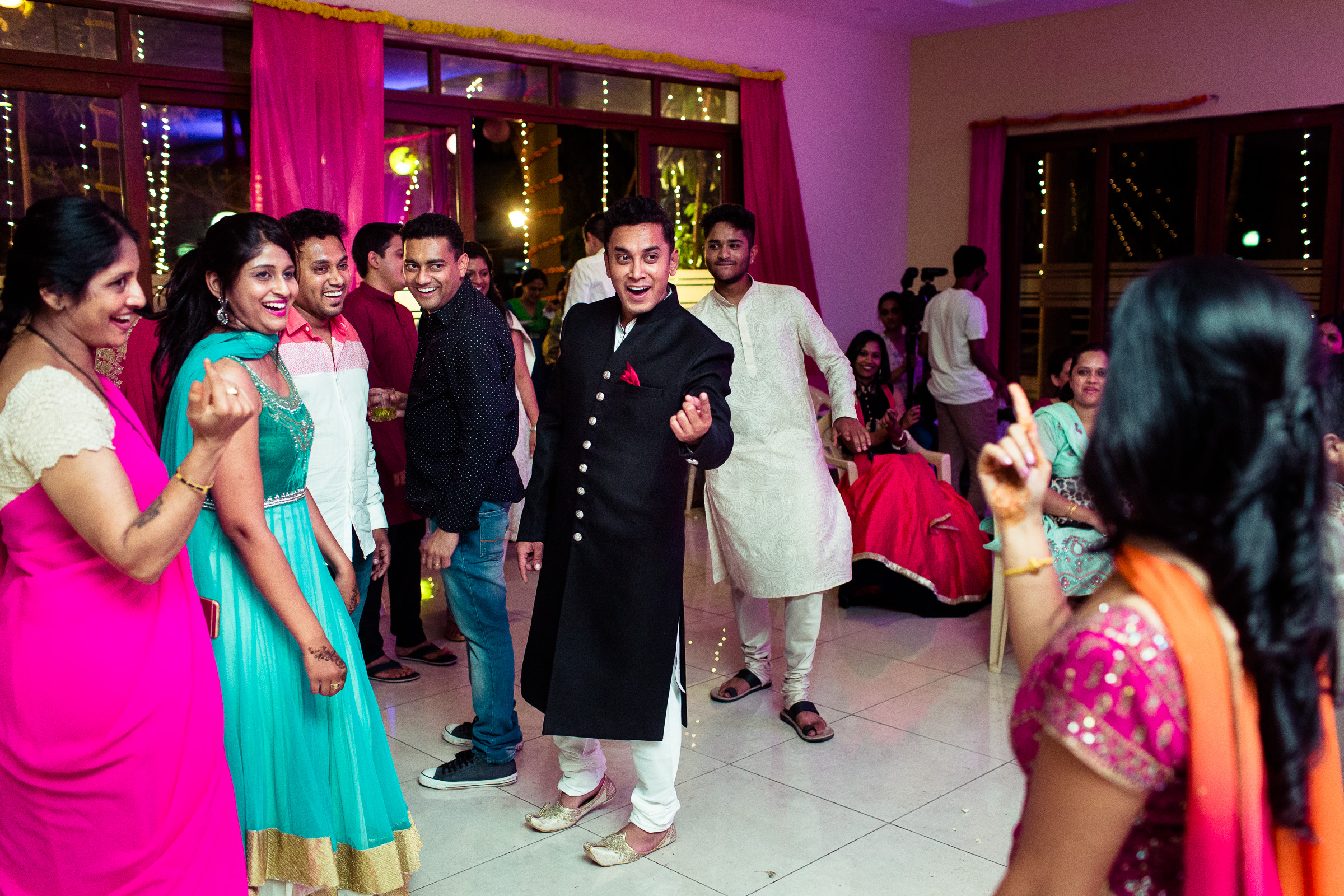 best-candid-wedding-photographers-bangalore-0017.jpg