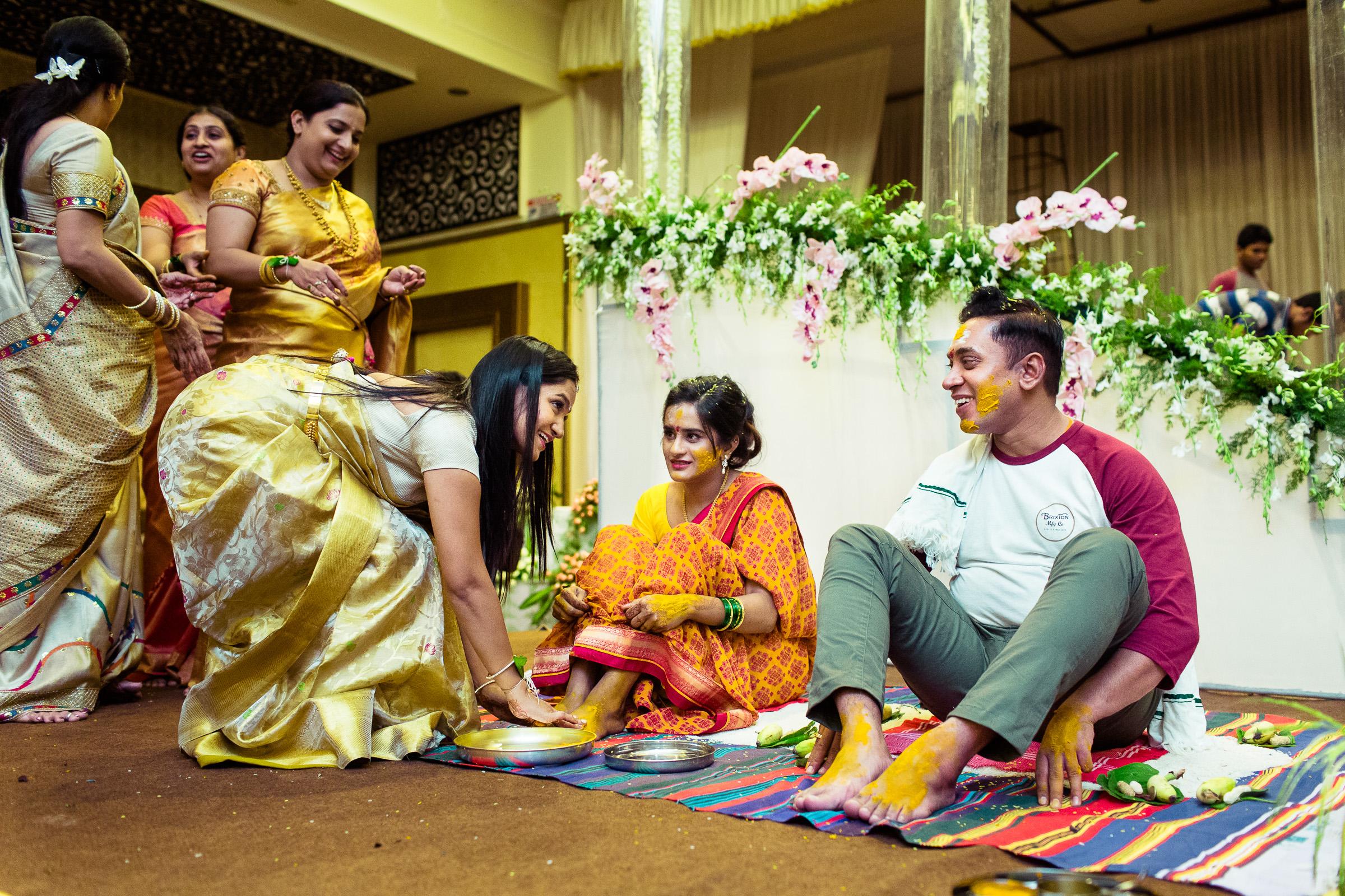 best-candid-wedding-photographers-bangalore-0029.jpg