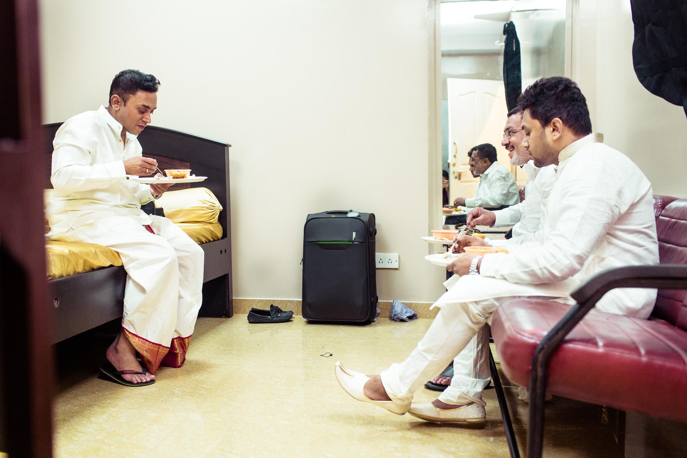 best-candid-wedding-photographers-bangalore-0036.jpg