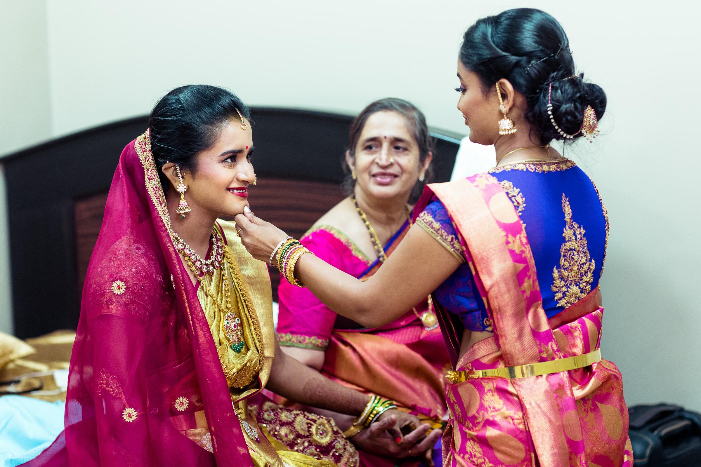 best-candid-wedding-photographers-bangalore-0037.jpg