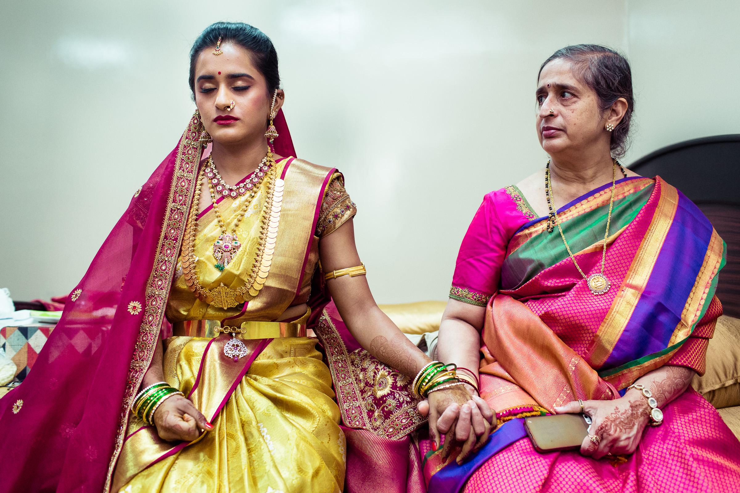 best-candid-wedding-photographers-bangalore-0038.jpg