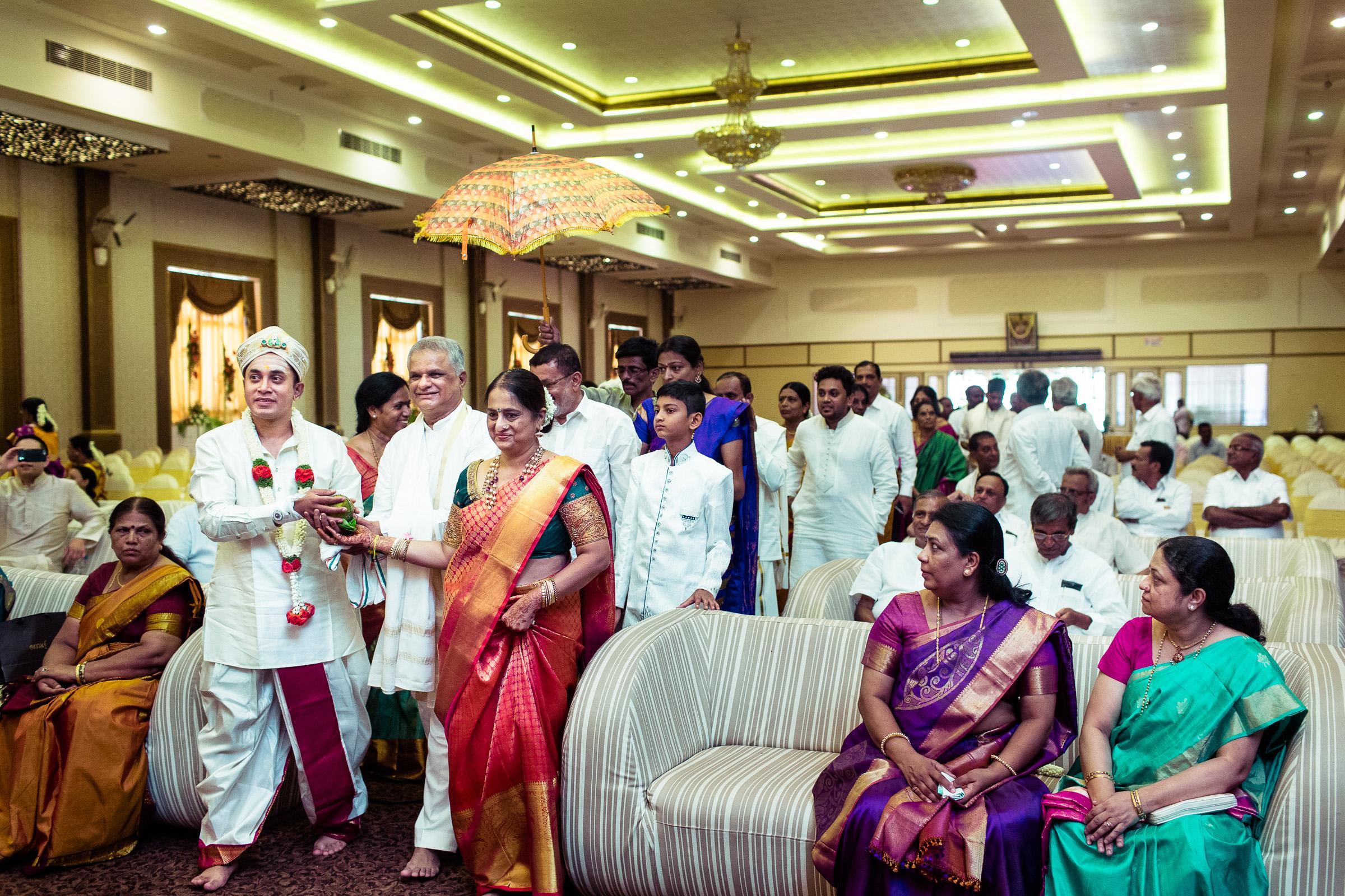 best-candid-wedding-photographers-bangalore-0042.jpg