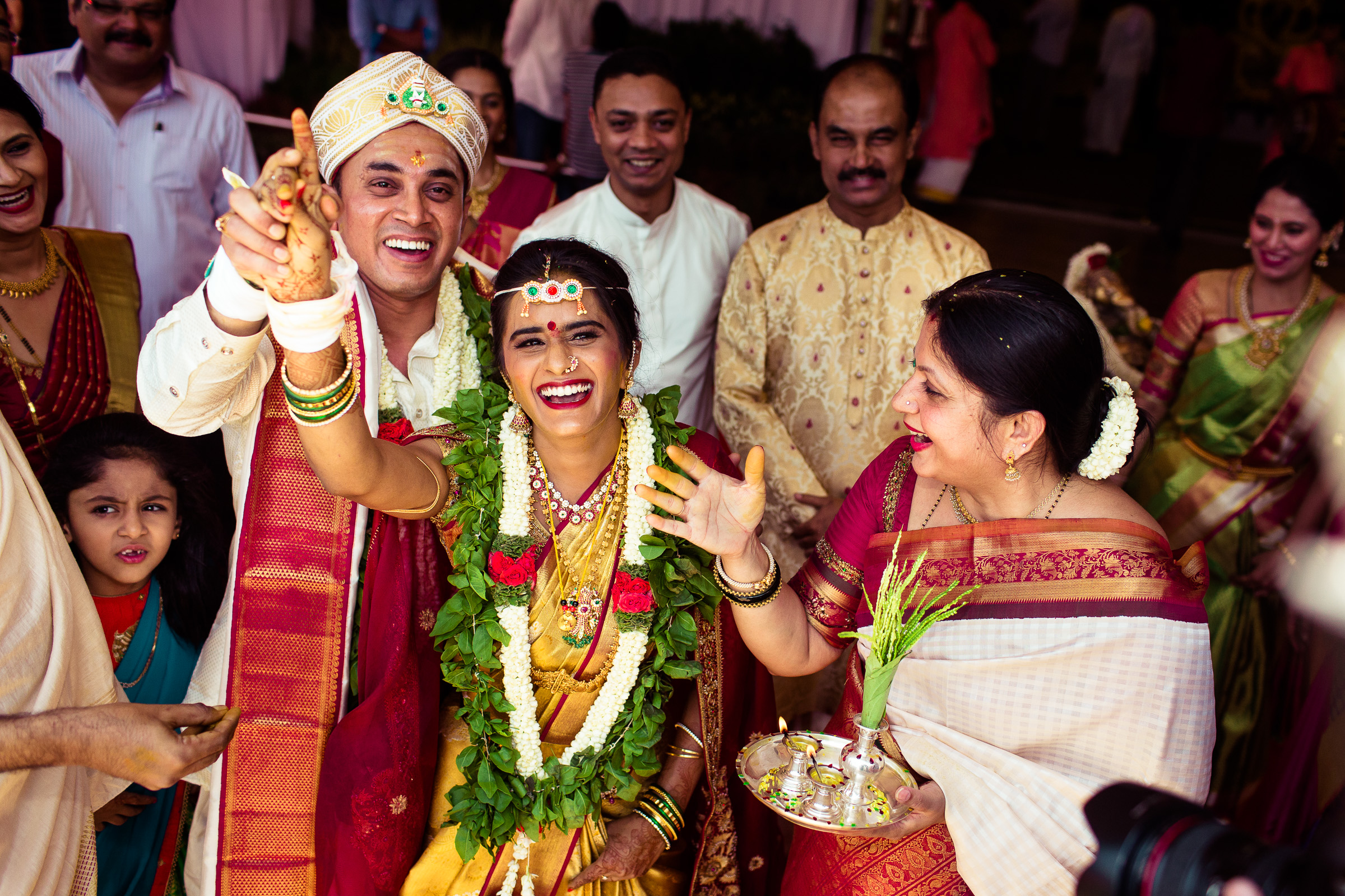 best-candid-wedding-photographers-bangalore-0059.jpg