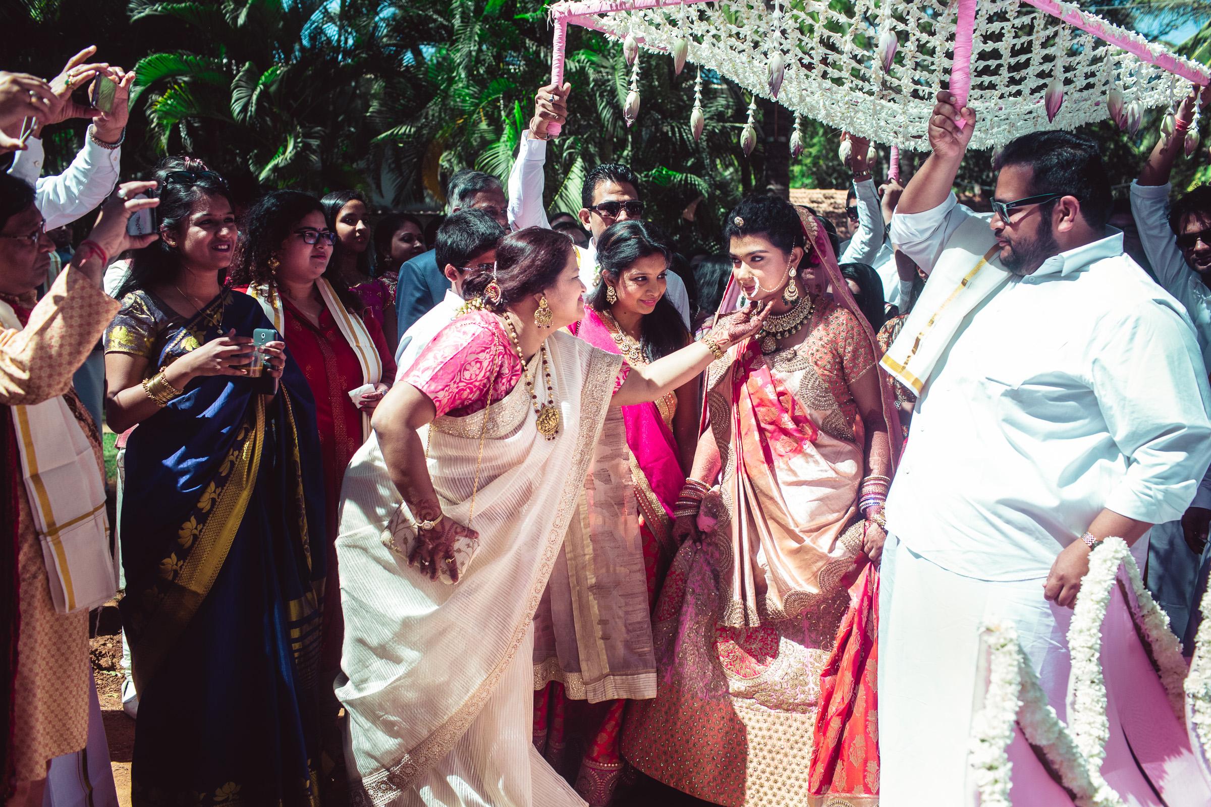 marwari-candid-wedding-photographers-bangalore-0029.jpg