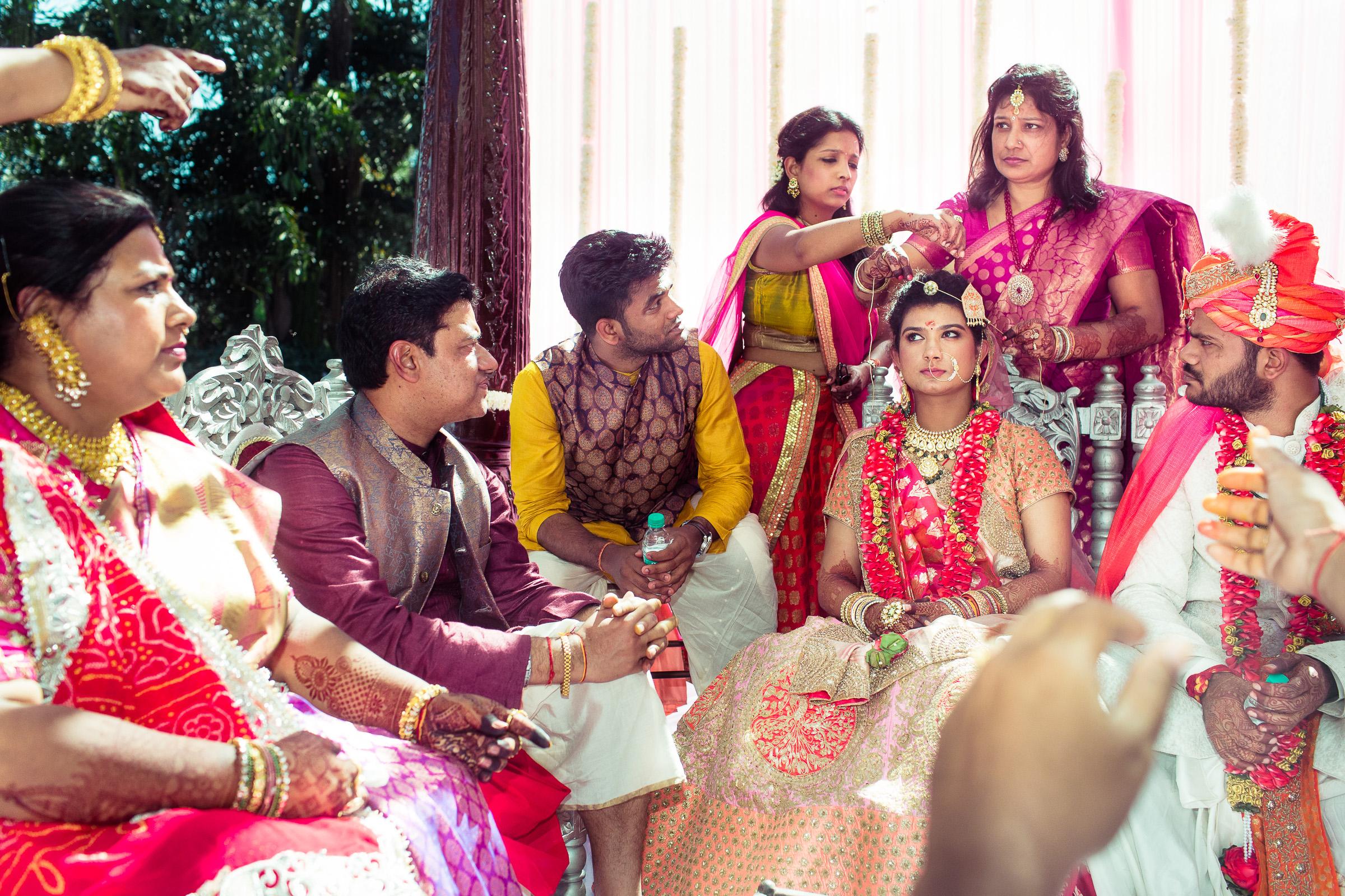 marwari-candid-wedding-photographers-bangalore-0035.jpg