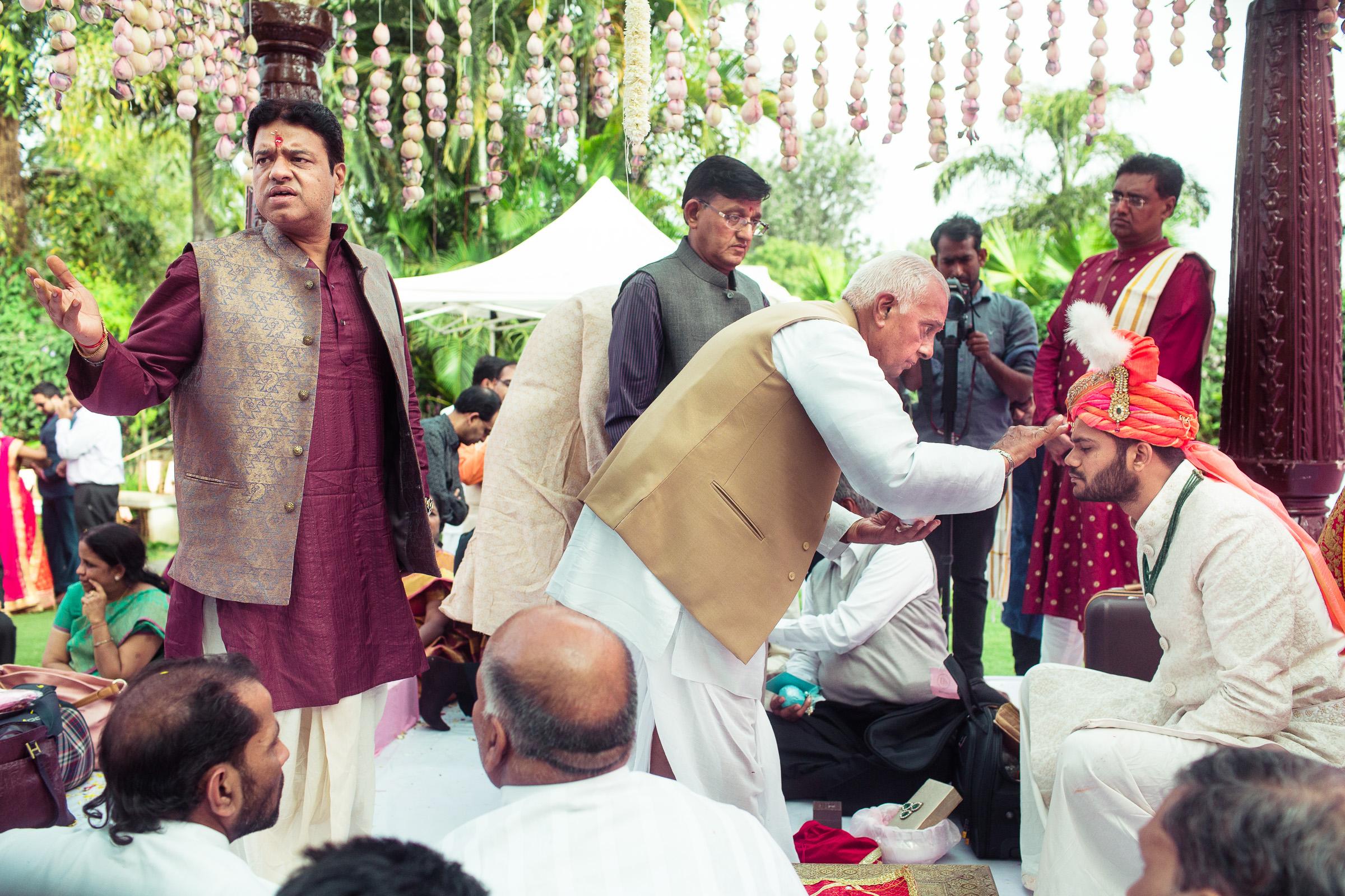 marwari-candid-wedding-photographers-bangalore-0049.jpg