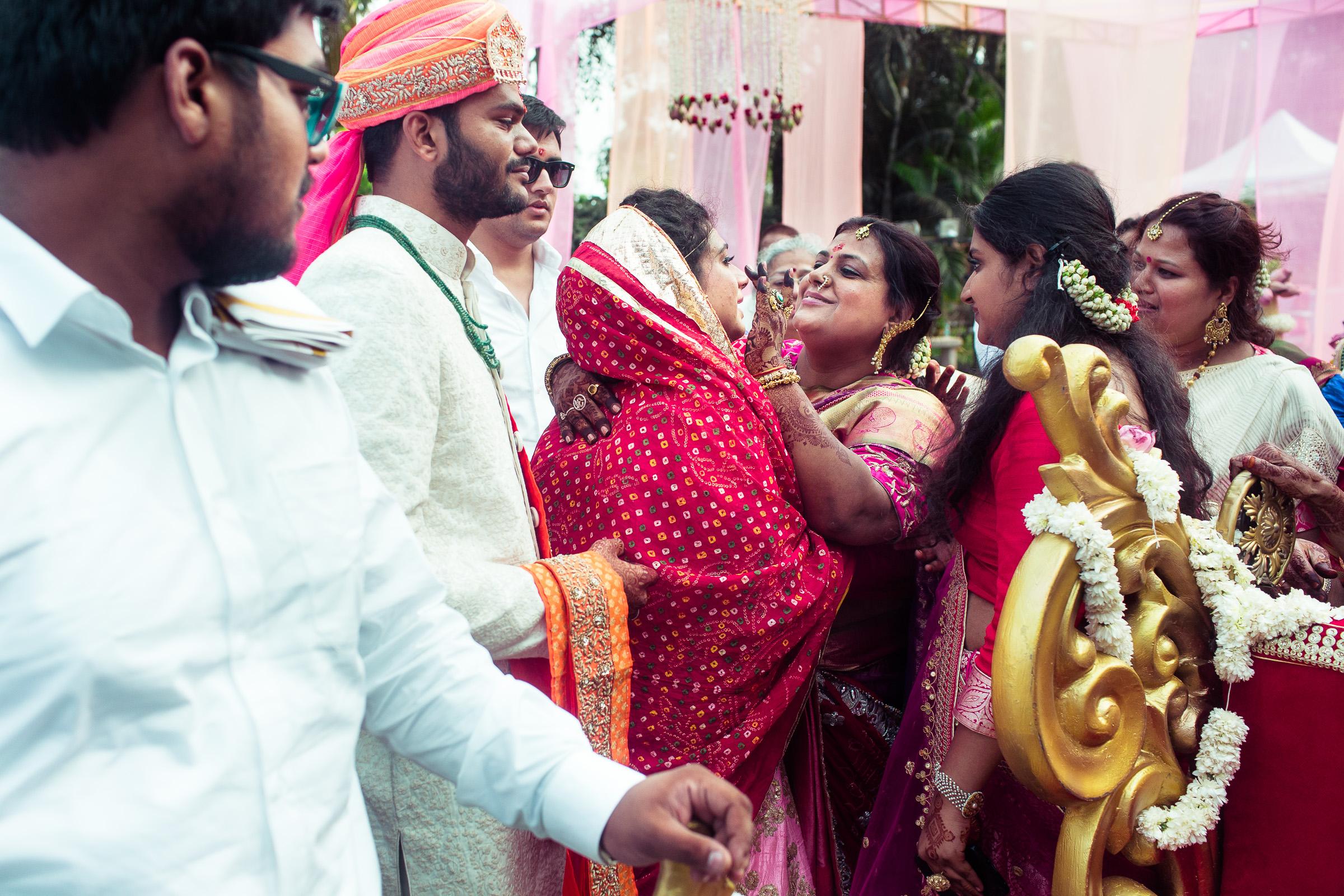 marwari-candid-wedding-photographers-bangalore-0052.jpg