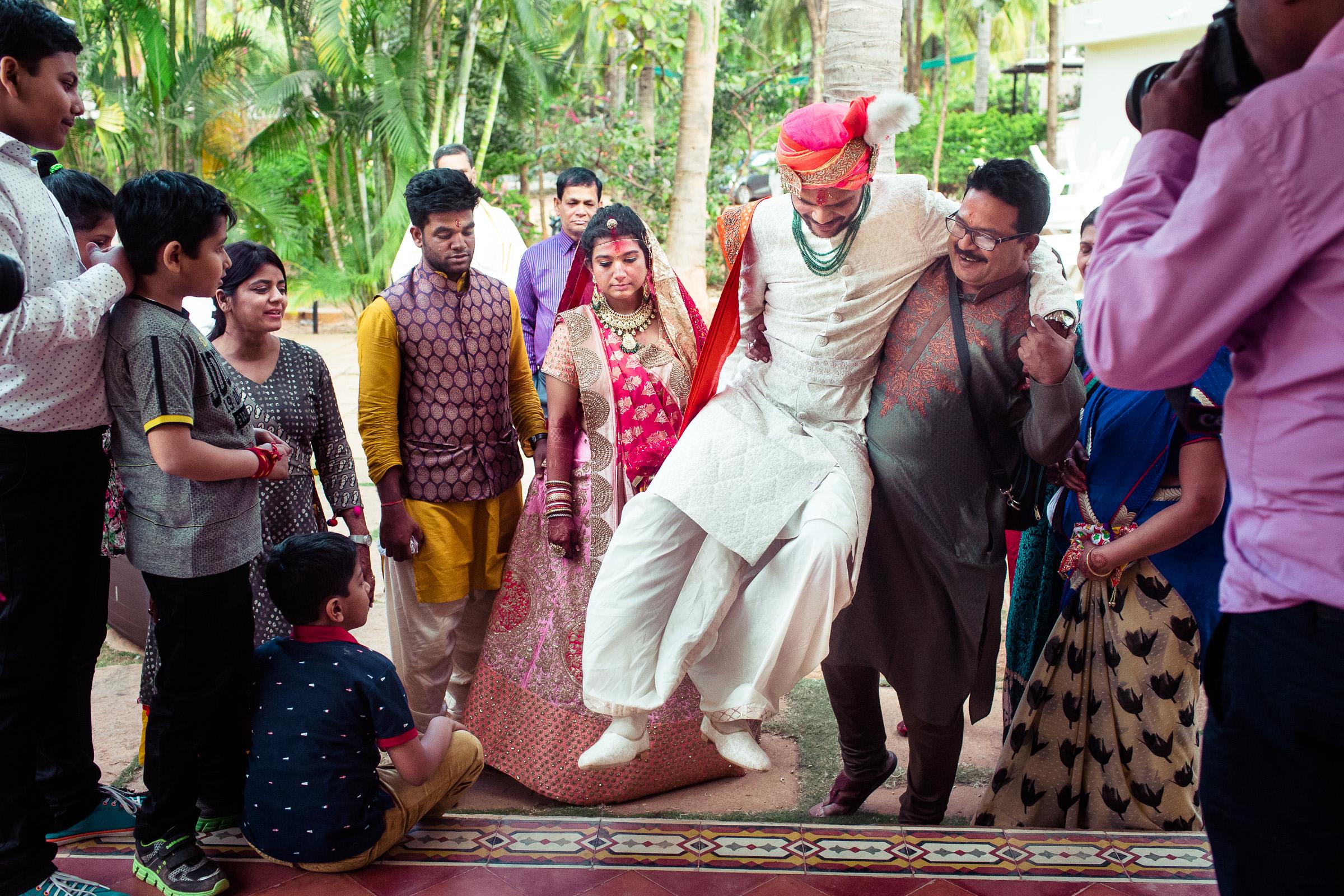 marwari-candid-wedding-photographers-bangalore-0057.jpg