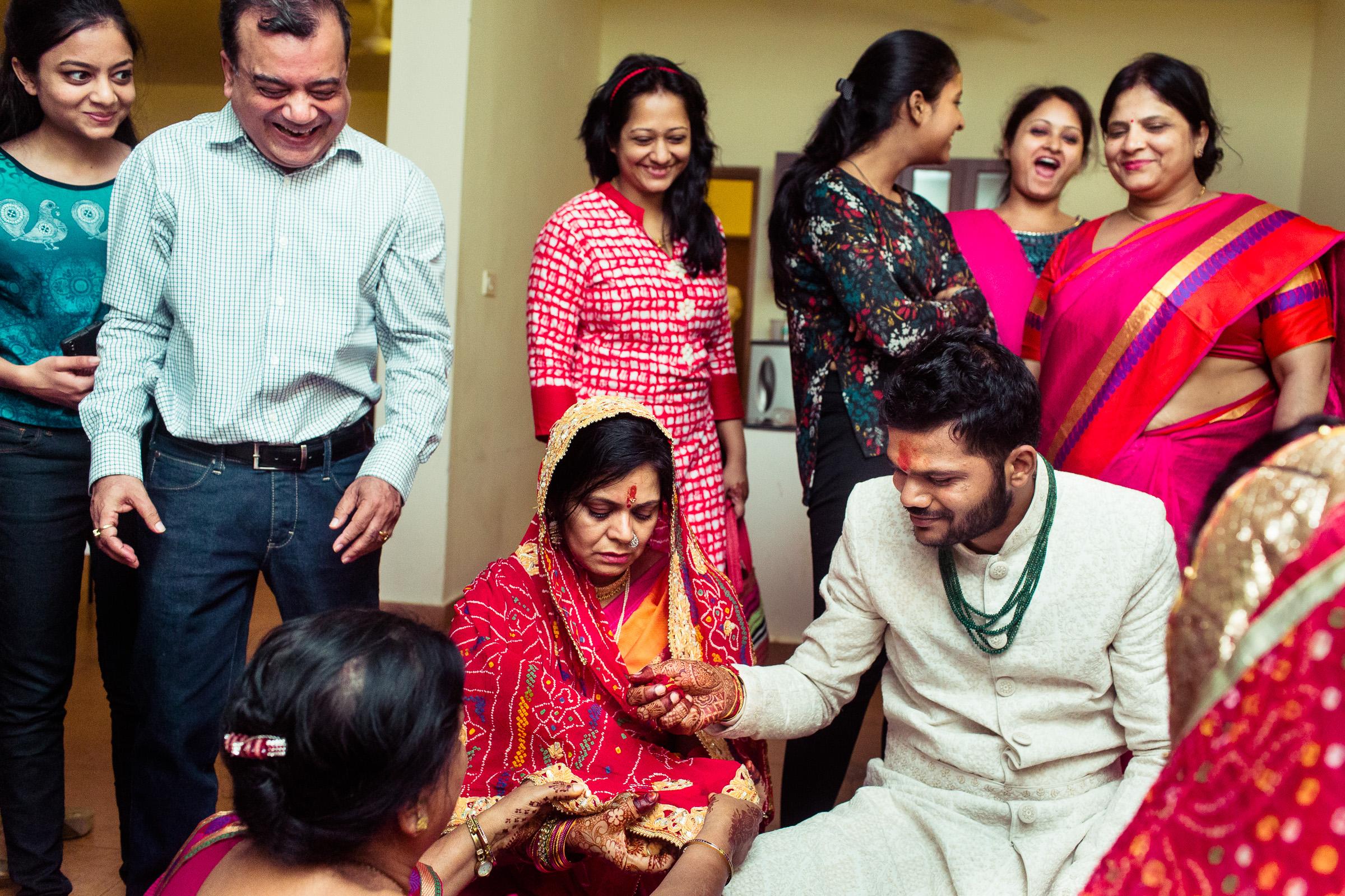 marwari-candid-wedding-photographers-bangalore-0061.jpg