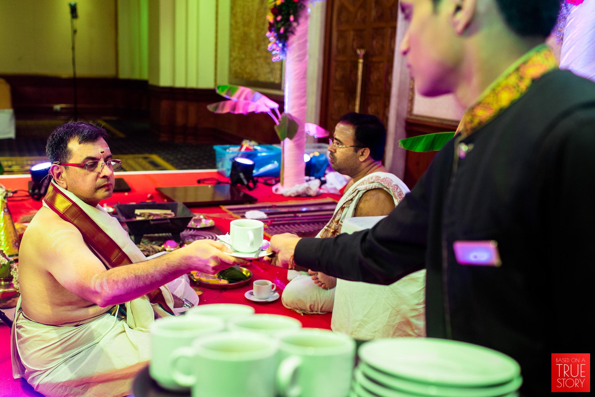 candid-wedding-photographers-bangalore-0028.jpg