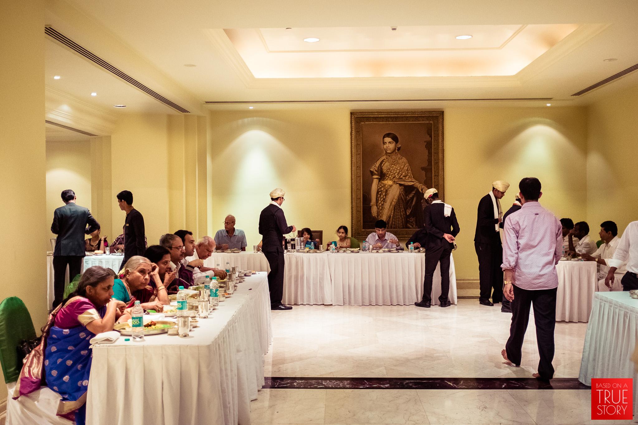 candid-wedding-photographers-bangalore-0055.jpg