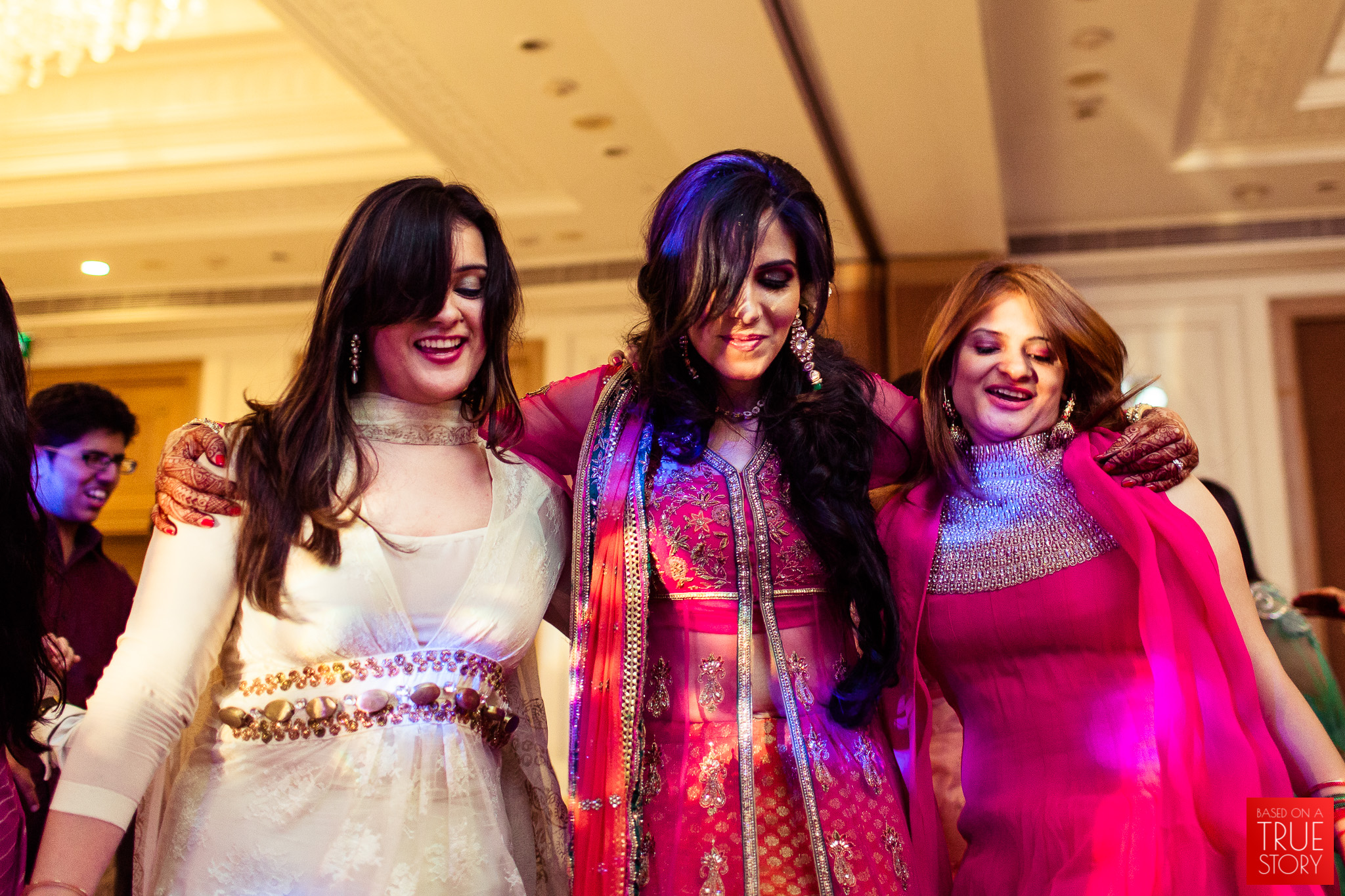 candid-punjabi-wedding-photographers-hyderabad-0027.jpg