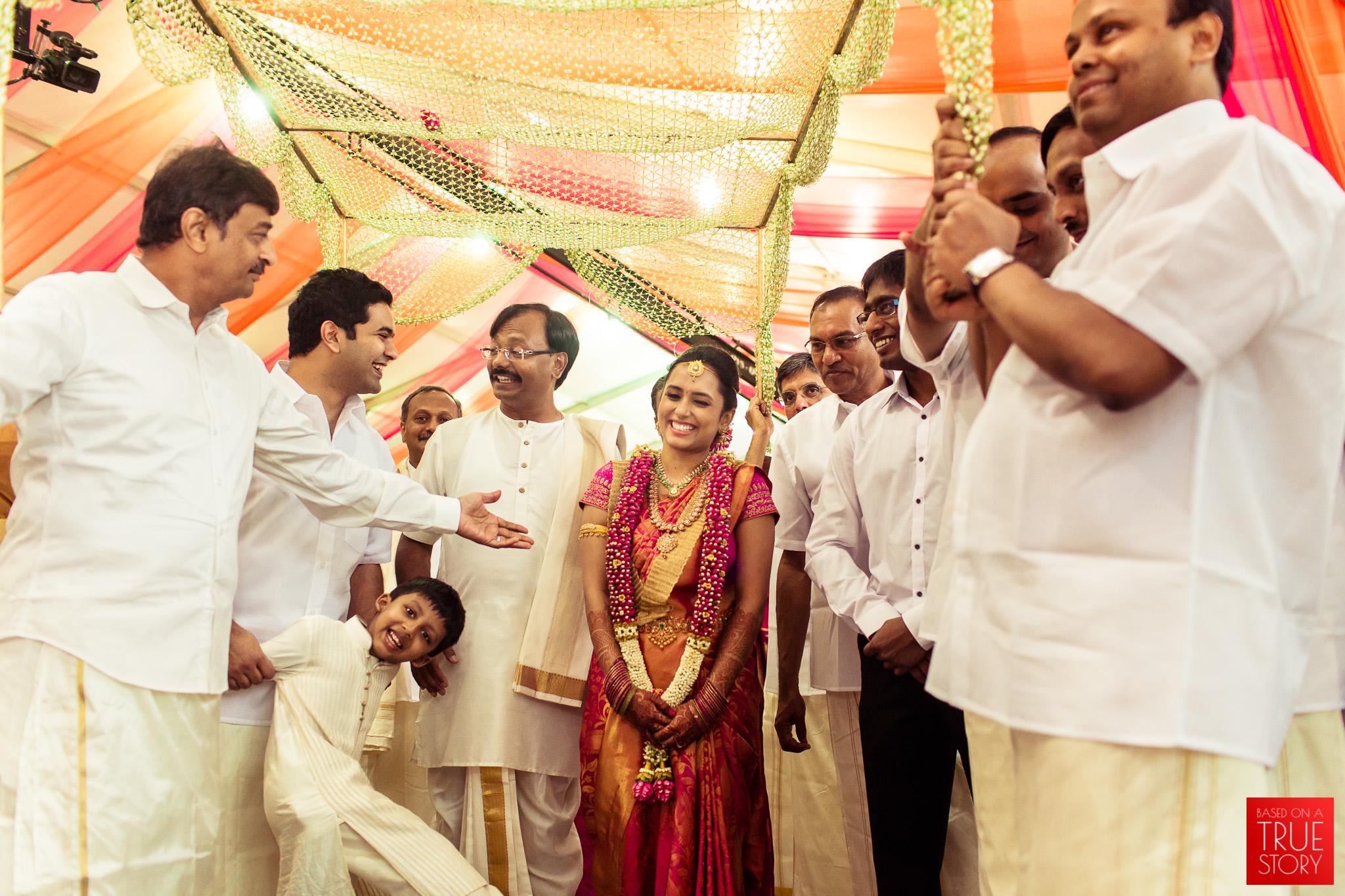 best-candid-wedding-photographers-bangalore-0035.jpg