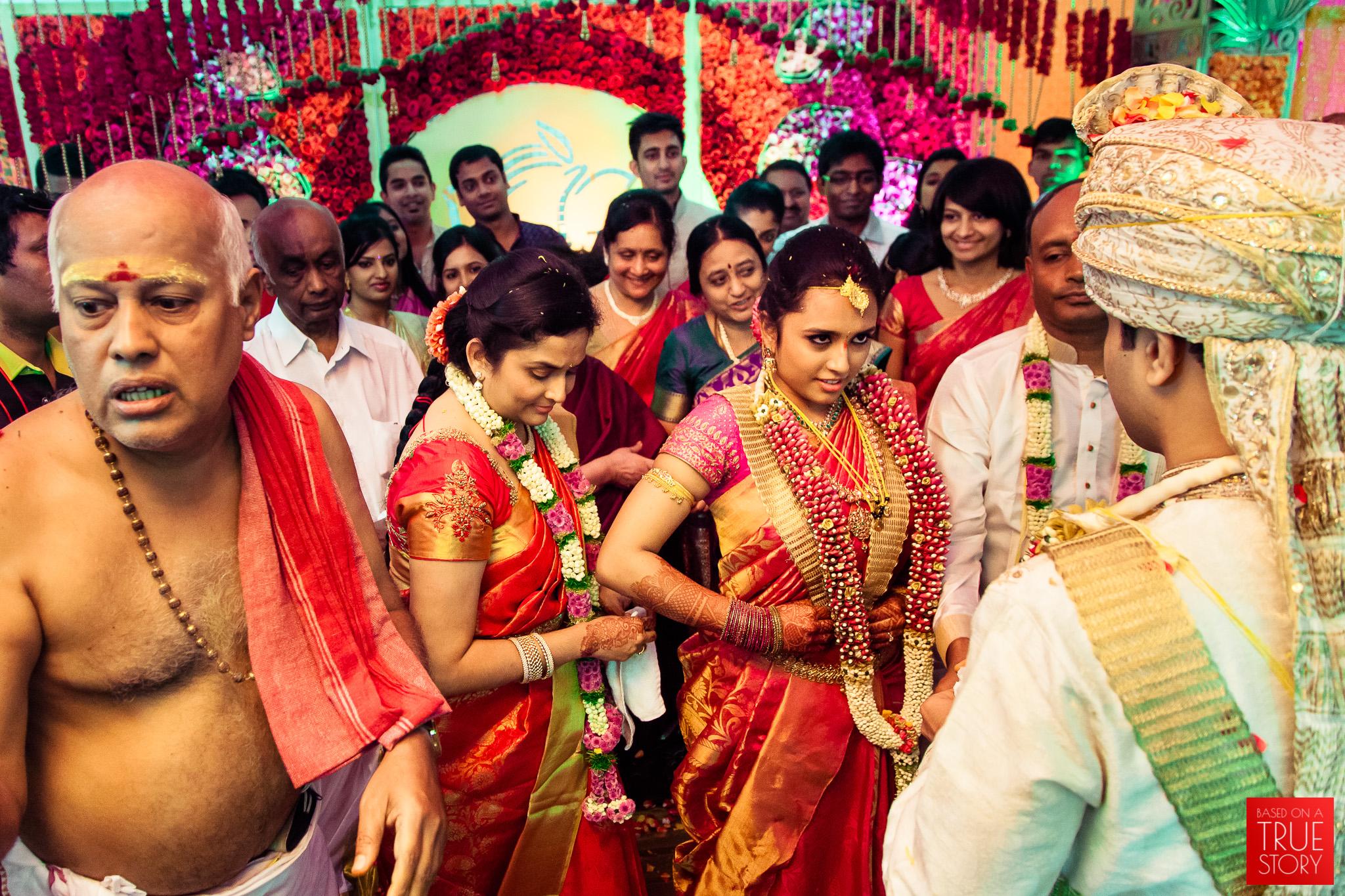 best-candid-wedding-photographers-bangalore-0050.jpg