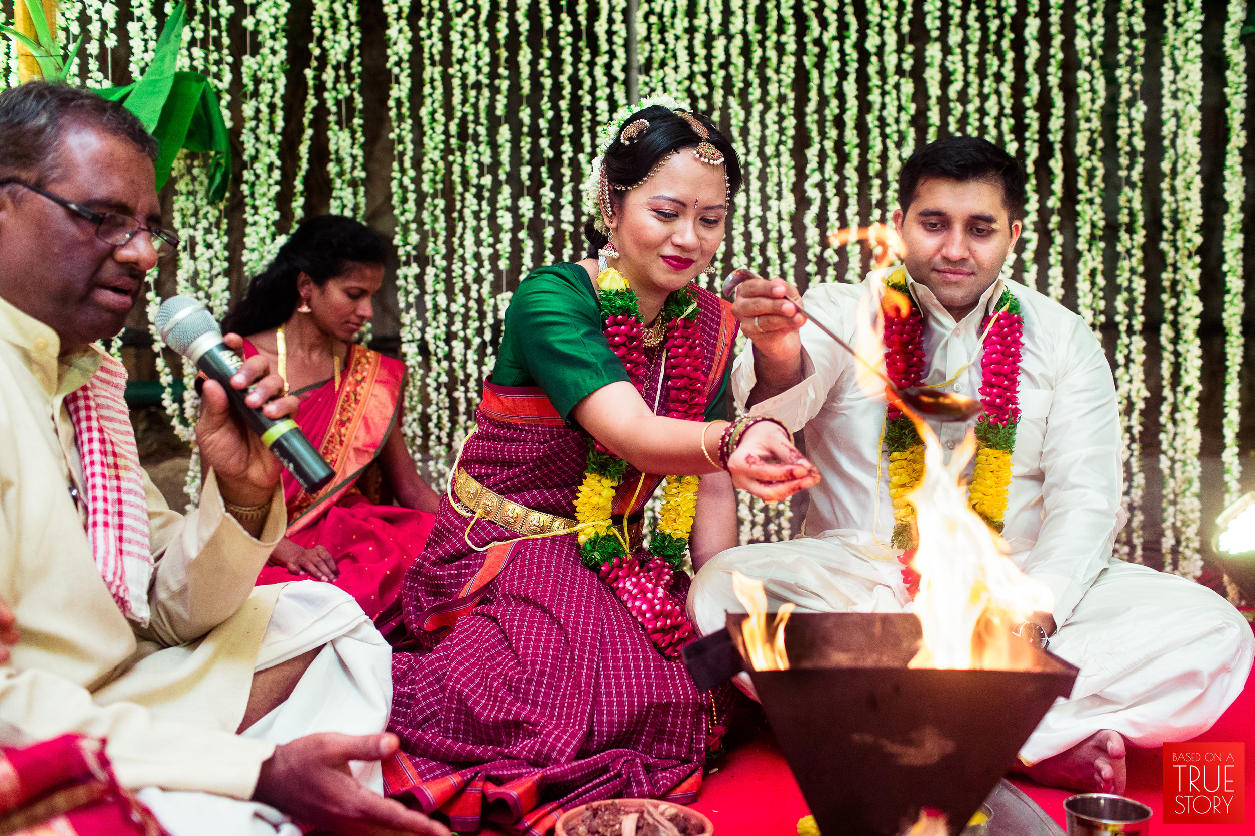 Candid Wedding Photographers Hyderabad-0028.jpg