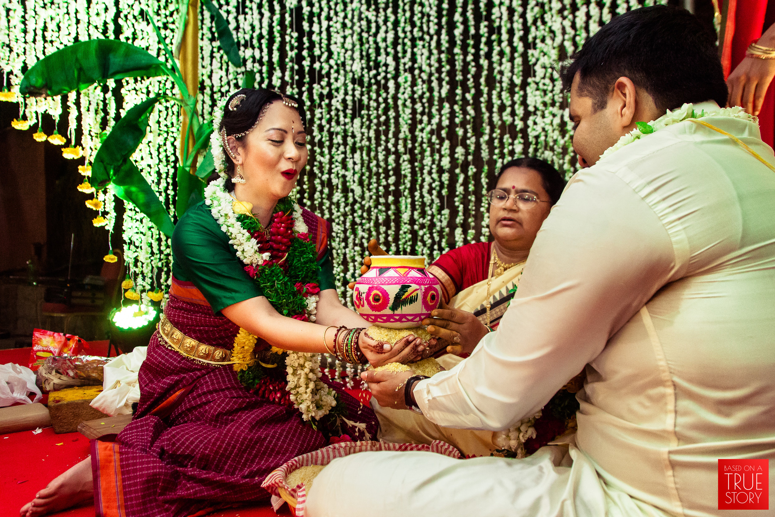 Candid Wedding Photographers Hyderabad-0043.jpg