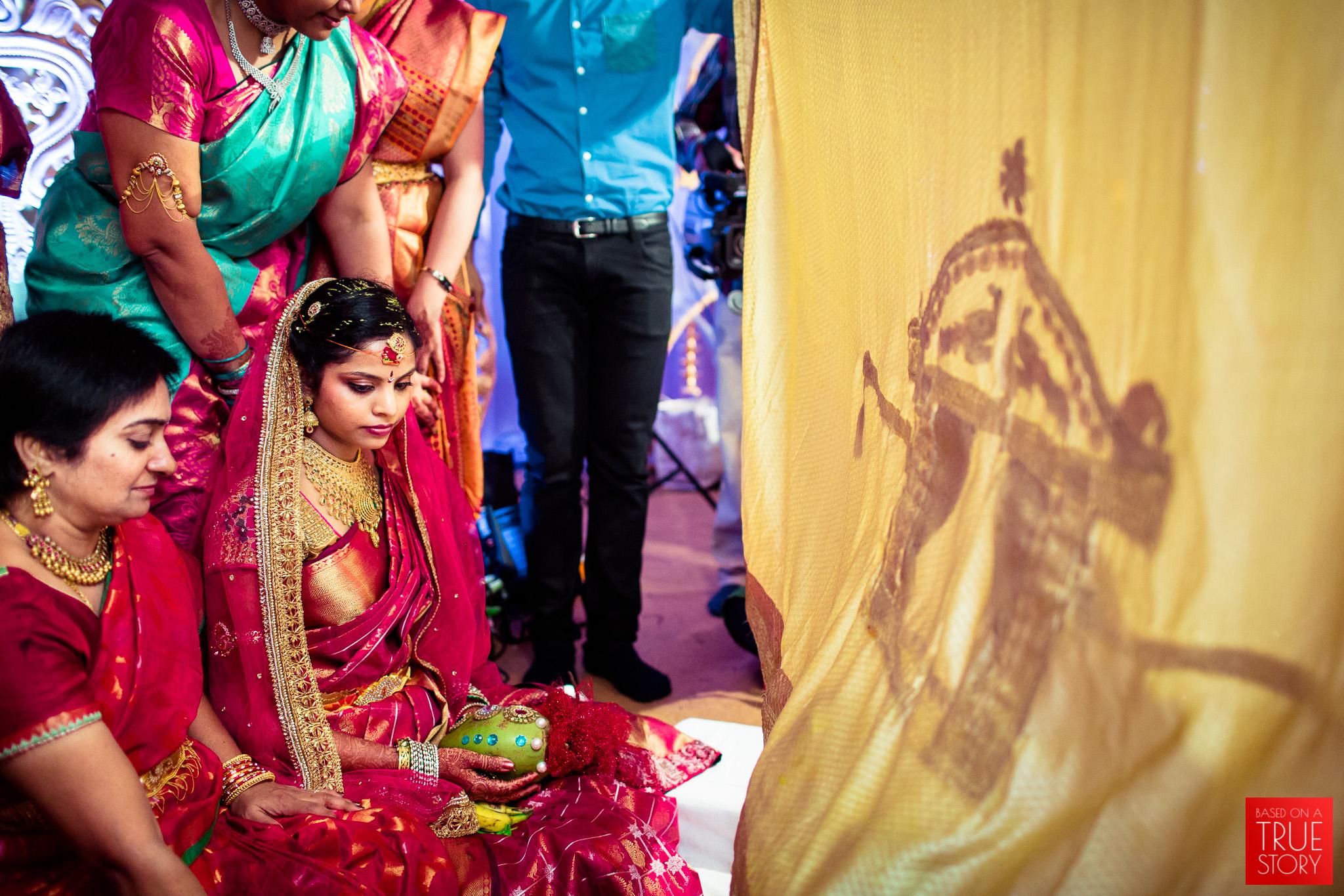 best-candid-wedding-photographers-vizag-0018.jpg