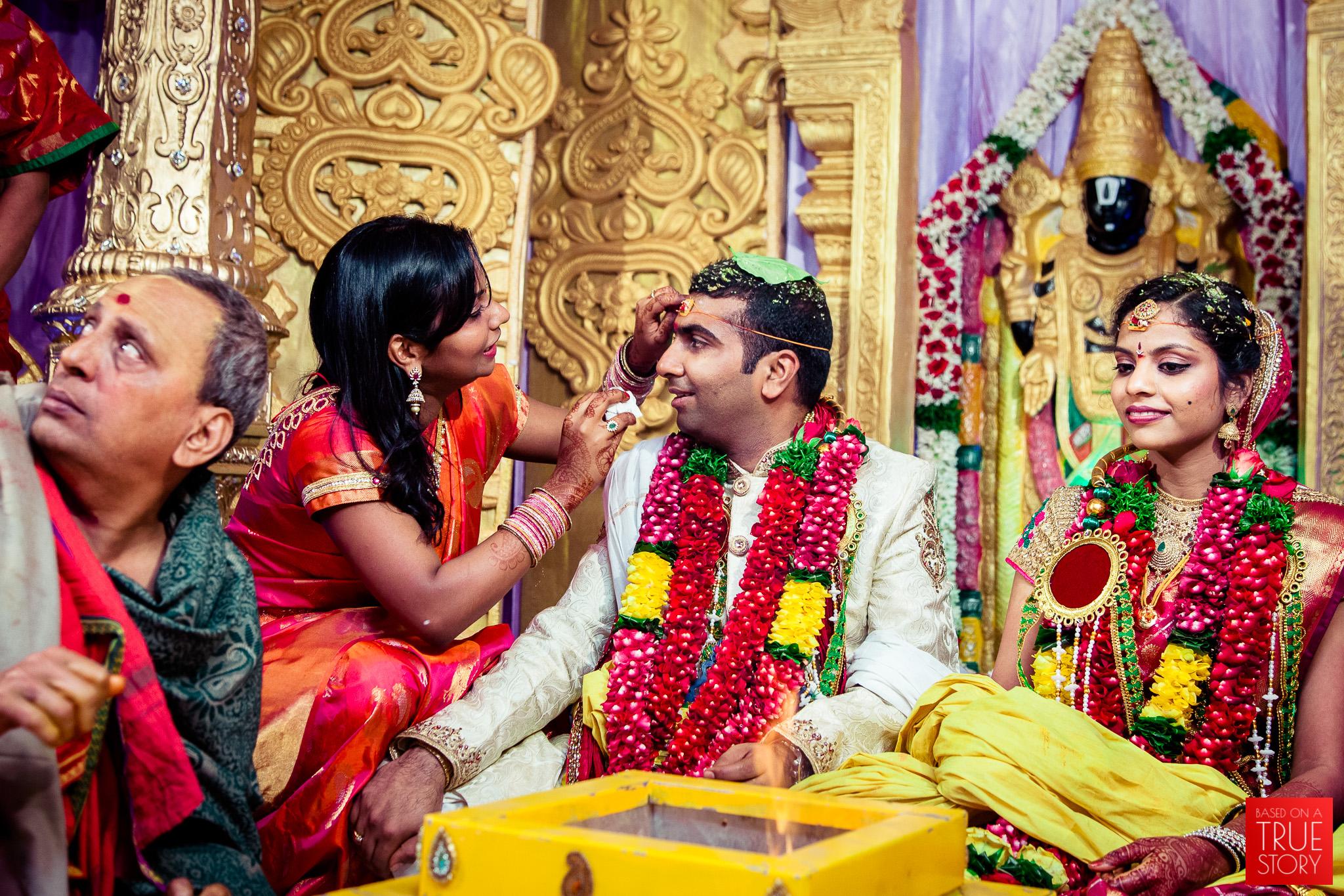 best-candid-wedding-photographers-vizag-0033.jpg