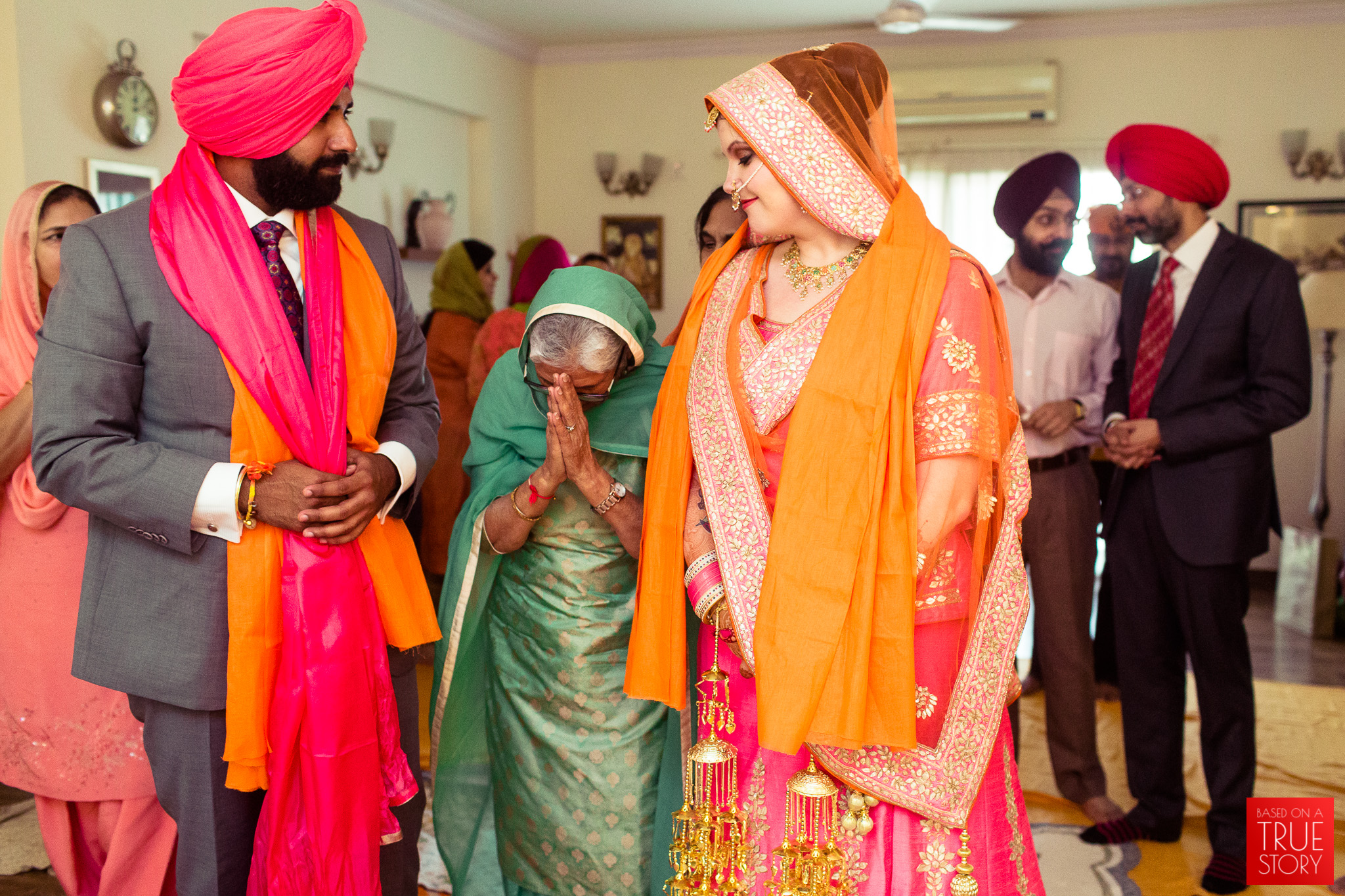 candid-photography-sikh-wedding-bangalore-0023.jpg