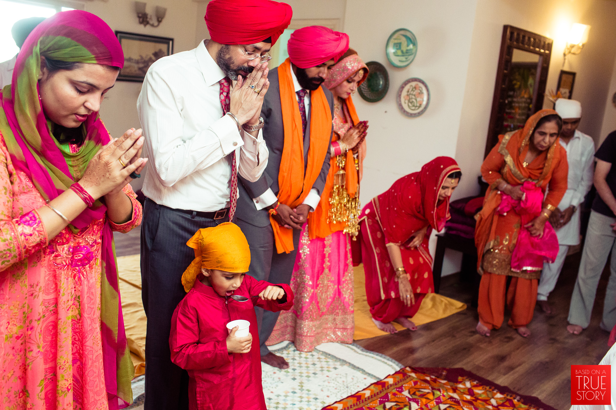 candid-photography-sikh-wedding-bangalore-0034.jpg