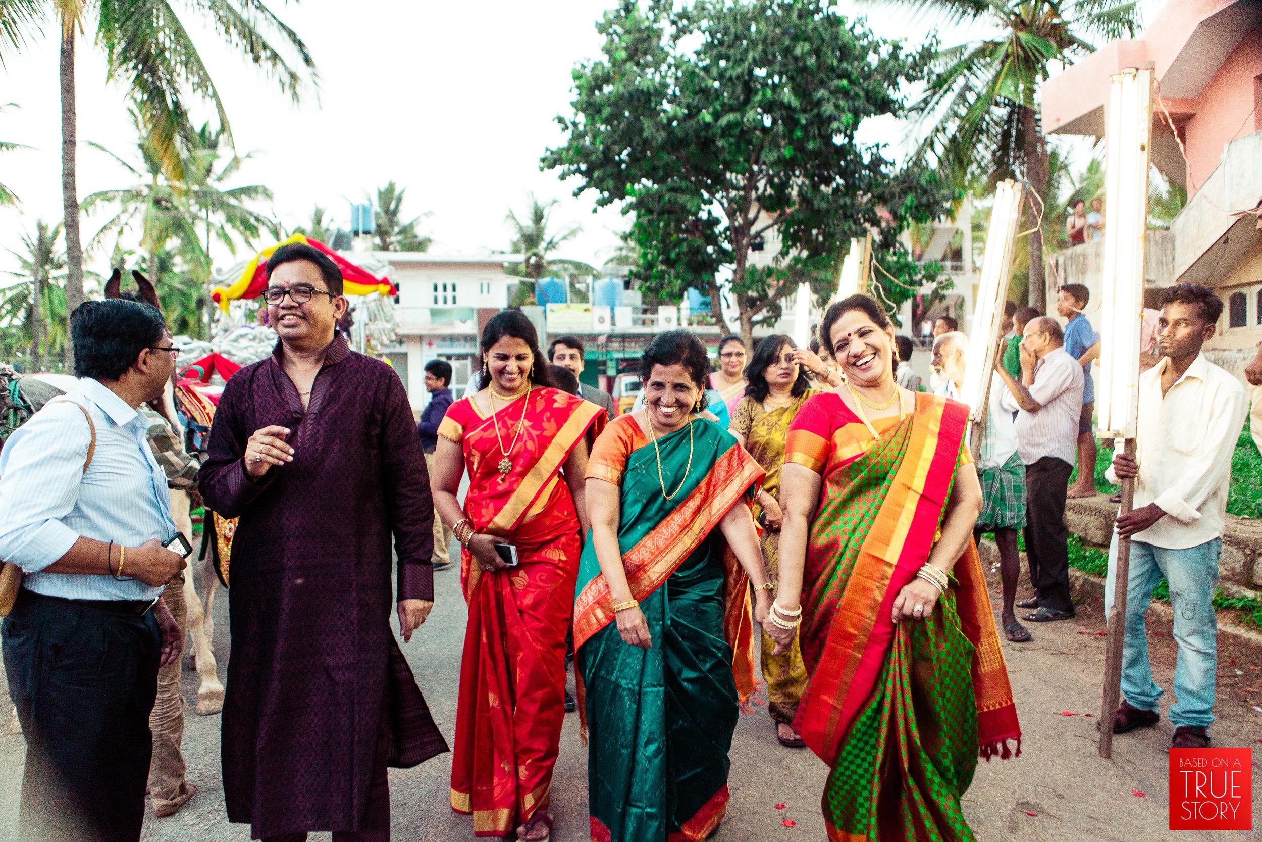 candid wedding photographers in bangalore-0010.jpg